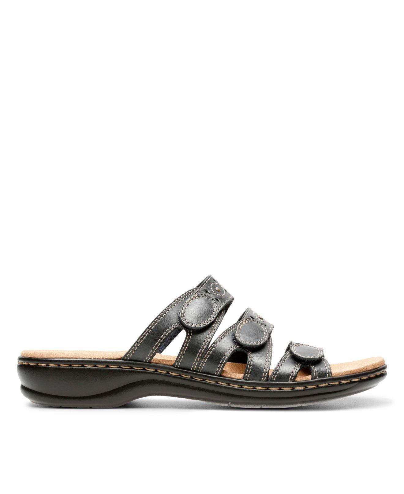 Q Clarks Cacti Sandals Leisa Lyst Flat pqMjULzSVG