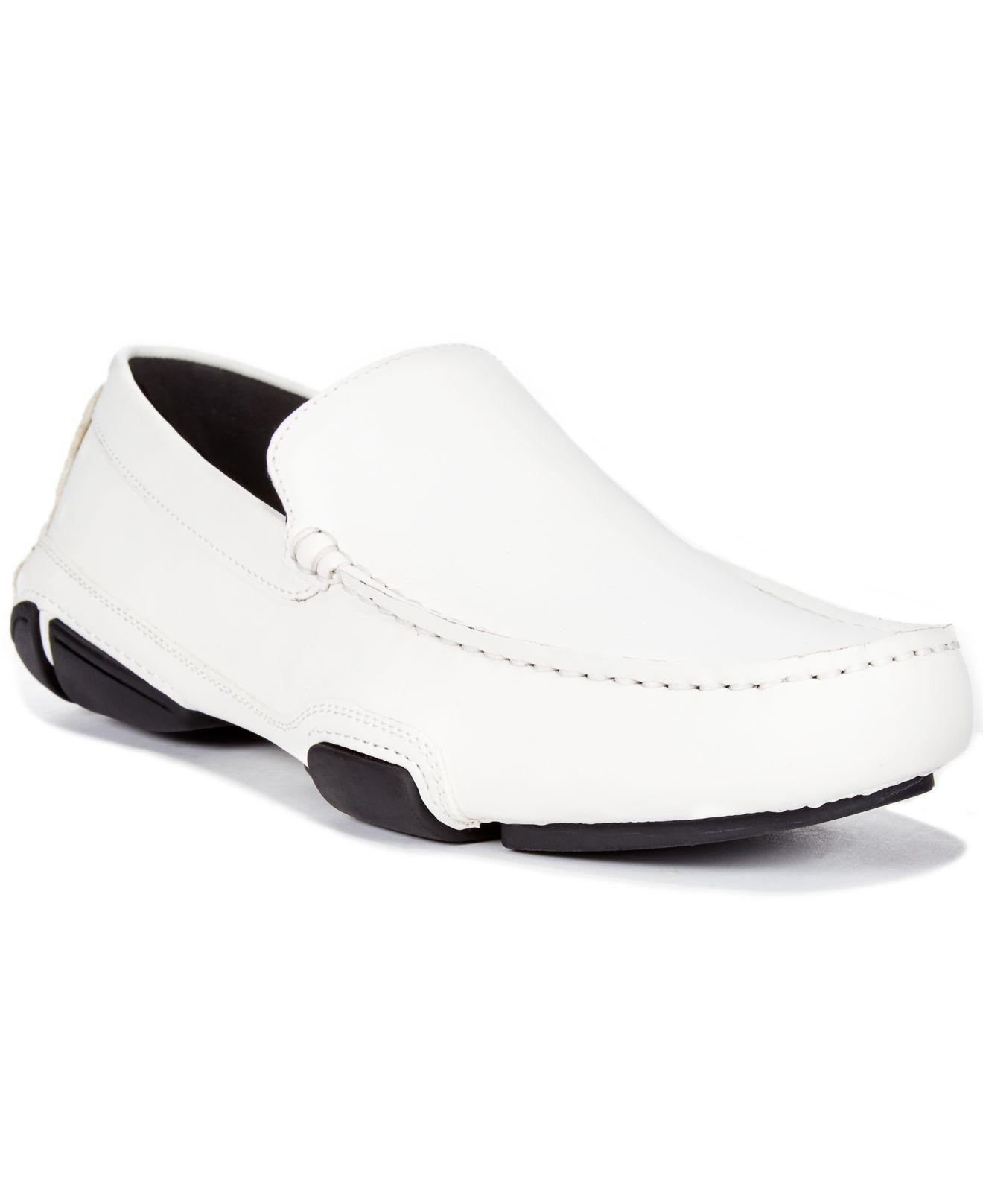 Kenneth Cole Reaction White Shoes