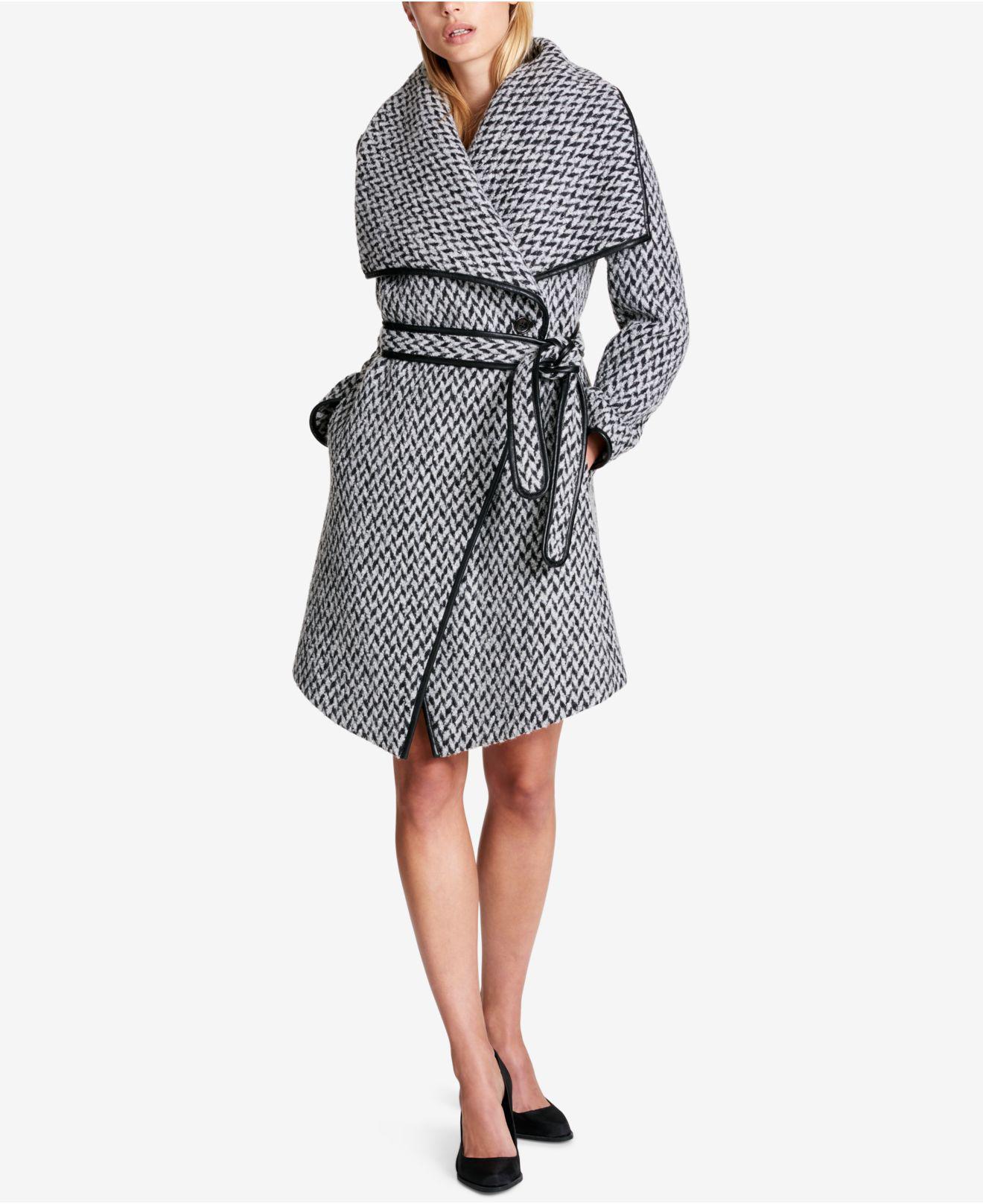 980b4eda8e554 Lyst - DKNY Faux-leather-trim Textured Wrap Coat