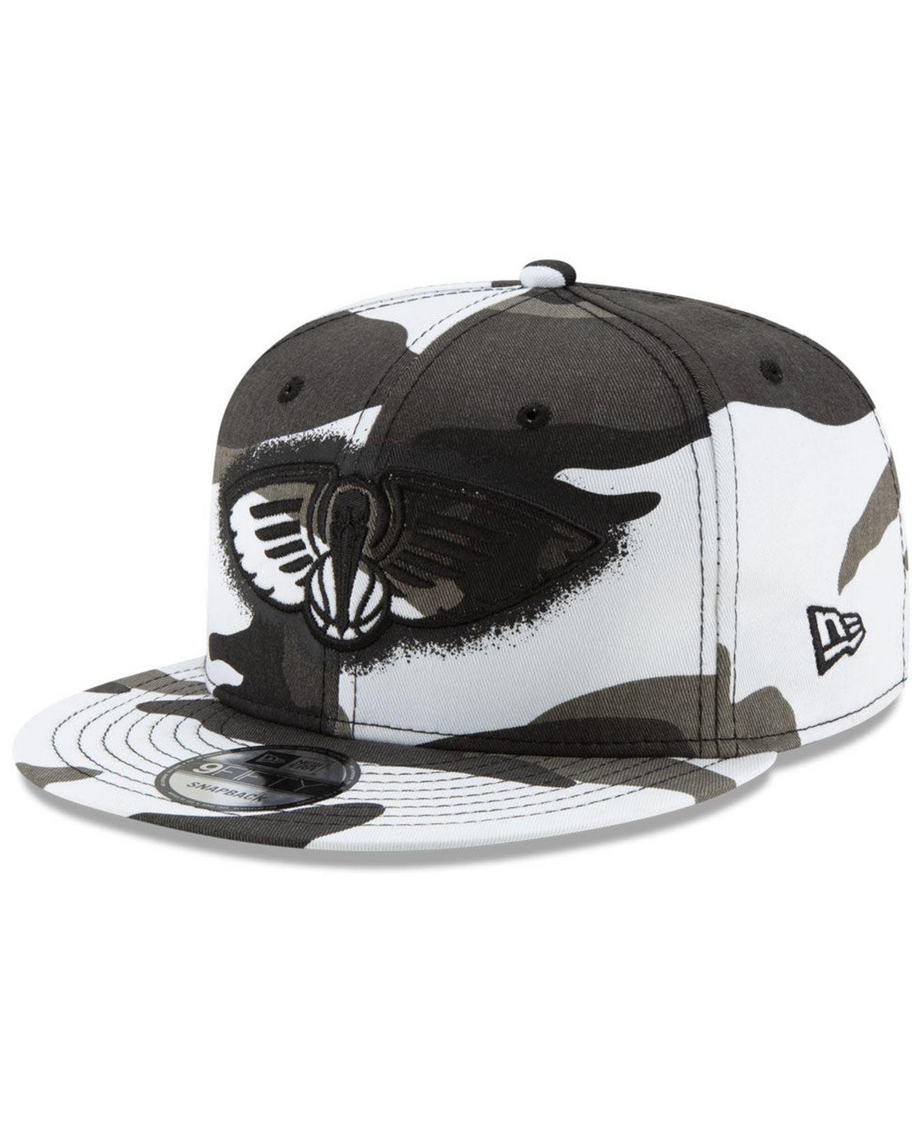 buy popular 3dd84 eb528 KTZ. Men s New Orleans Pelicans Overspray 9fifty Snapback Cap