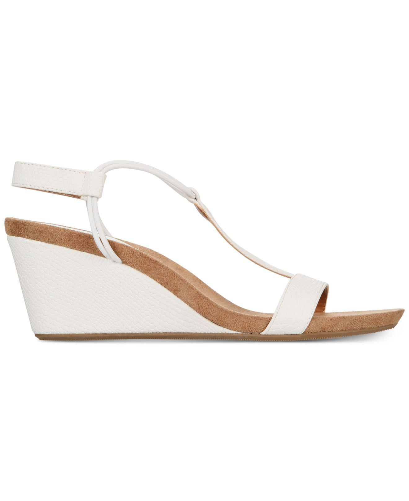 aab0228bf02c6 Style   Co. Mulan Wedge Sandals in White - Save 21% - Lyst