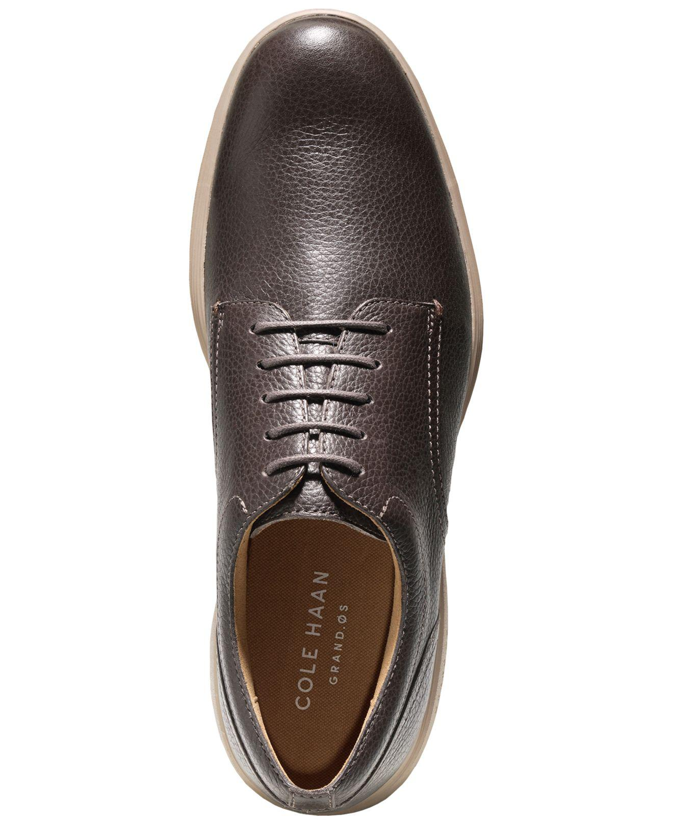a0037babb3e Gallery. Previously sold at: Macy's · Men's Cole Haan Oxfords ...