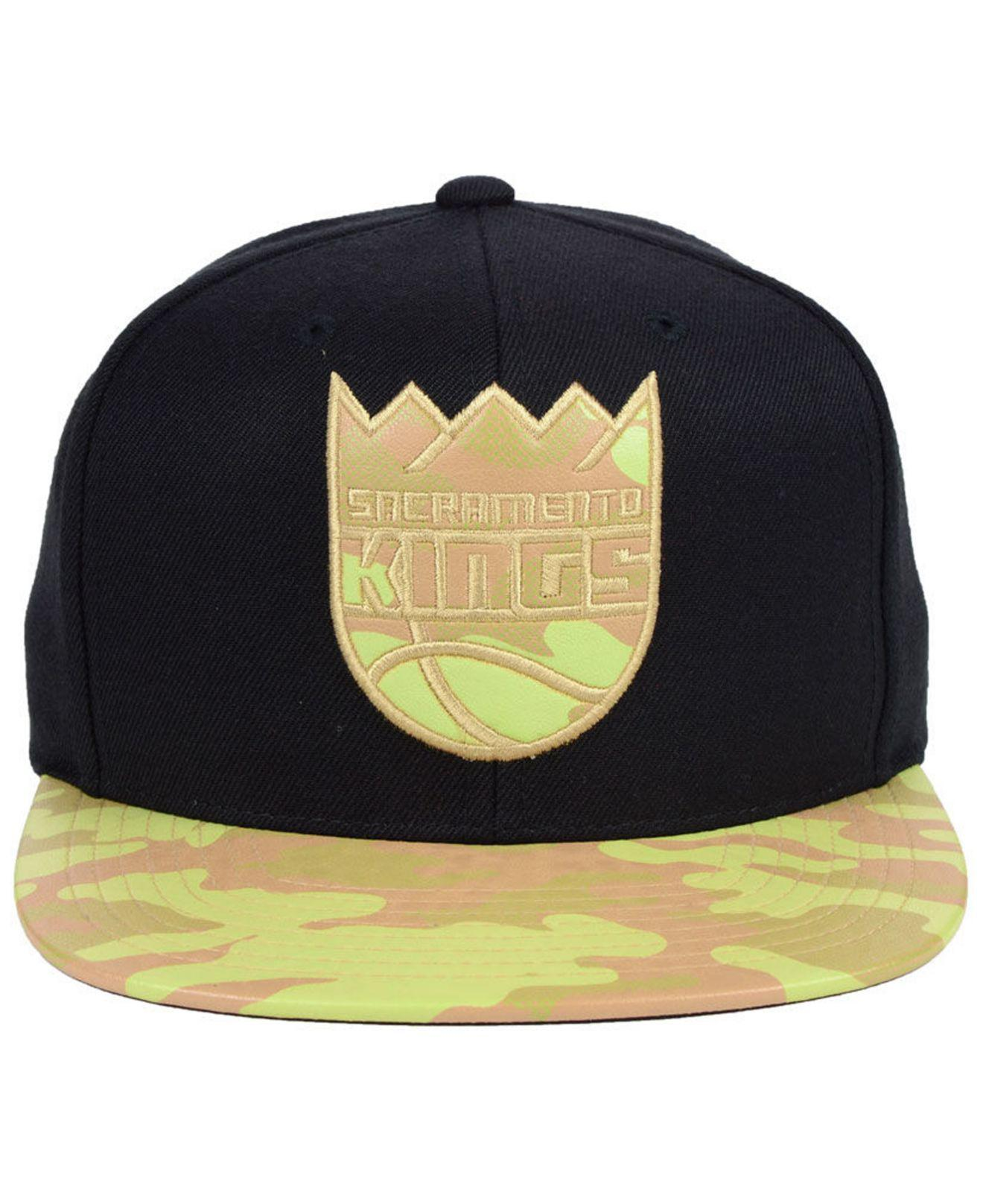 huge selection of f78f9 091df ... netherlands lyst mitchell ness sacramento kings natural camo snapback  cap in black for men 63f0d 976fe