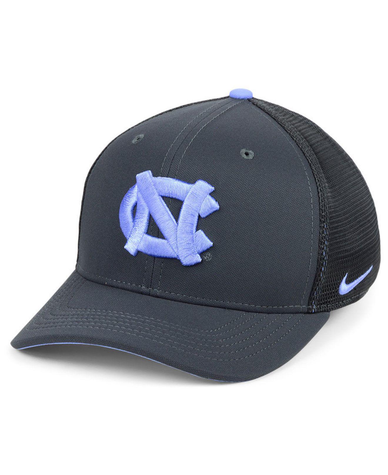 finest selection f9076 c6875 Nike. Men s Gray North Carolina Tar Heels Col Aro Swooshflex Cap