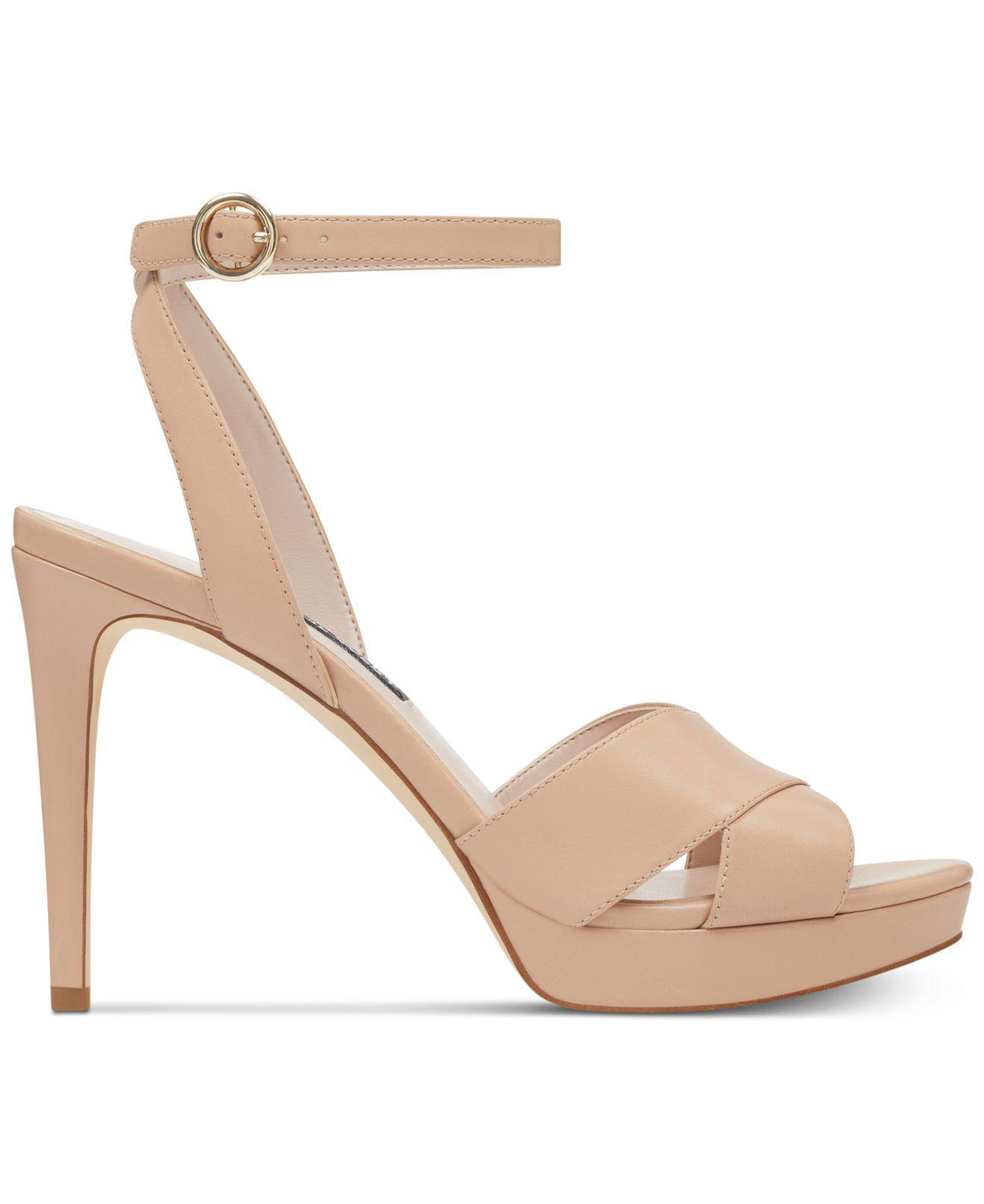 6c08f17b2e Nine West Quisha Platform Sandals in Natural - Lyst