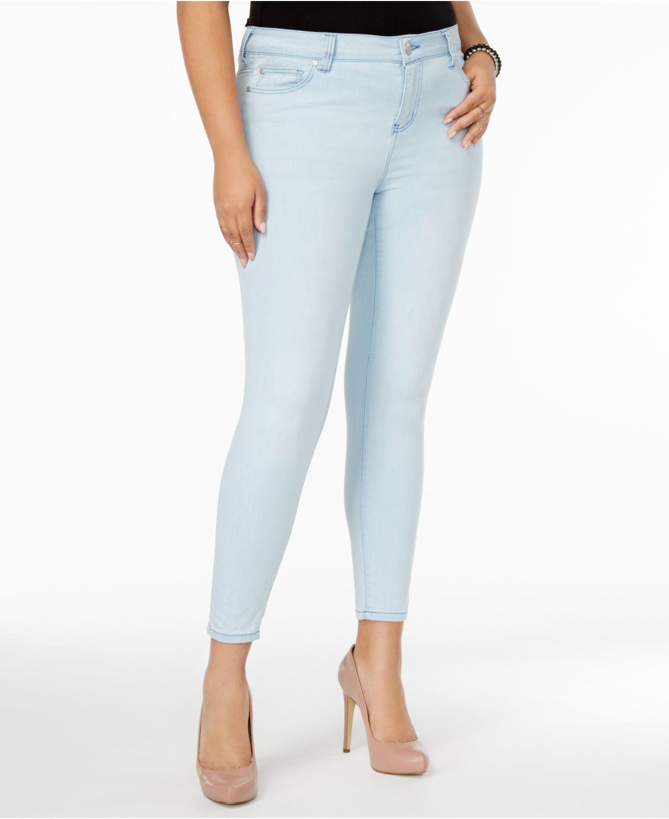 83b0bdbcdfb Celebrity Pink. Women s Blue Plus Size Outsiders Wash Super-soft Skinny  Jeans