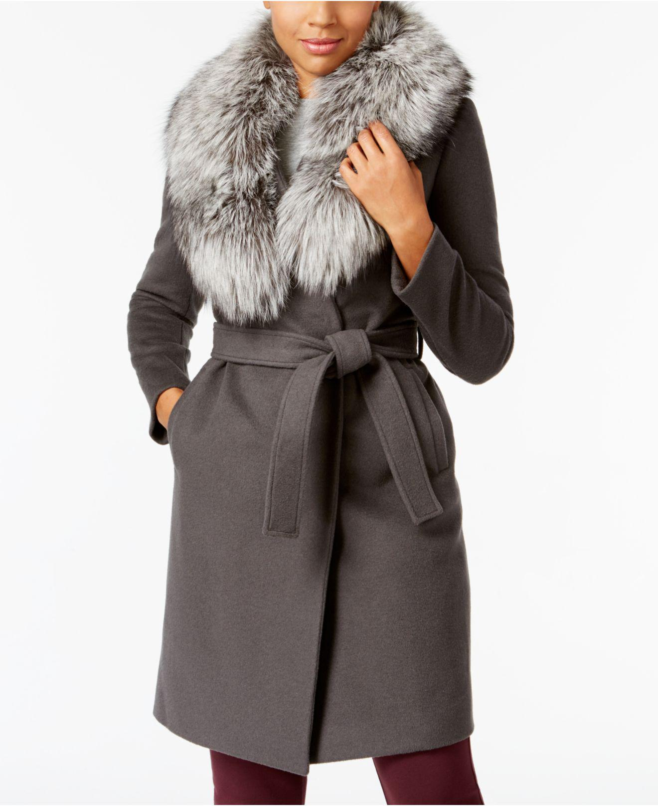 3e4a9e5b217d8 Gallery. Previously sold at  Macy s · Women s Faux Fur Coats ...