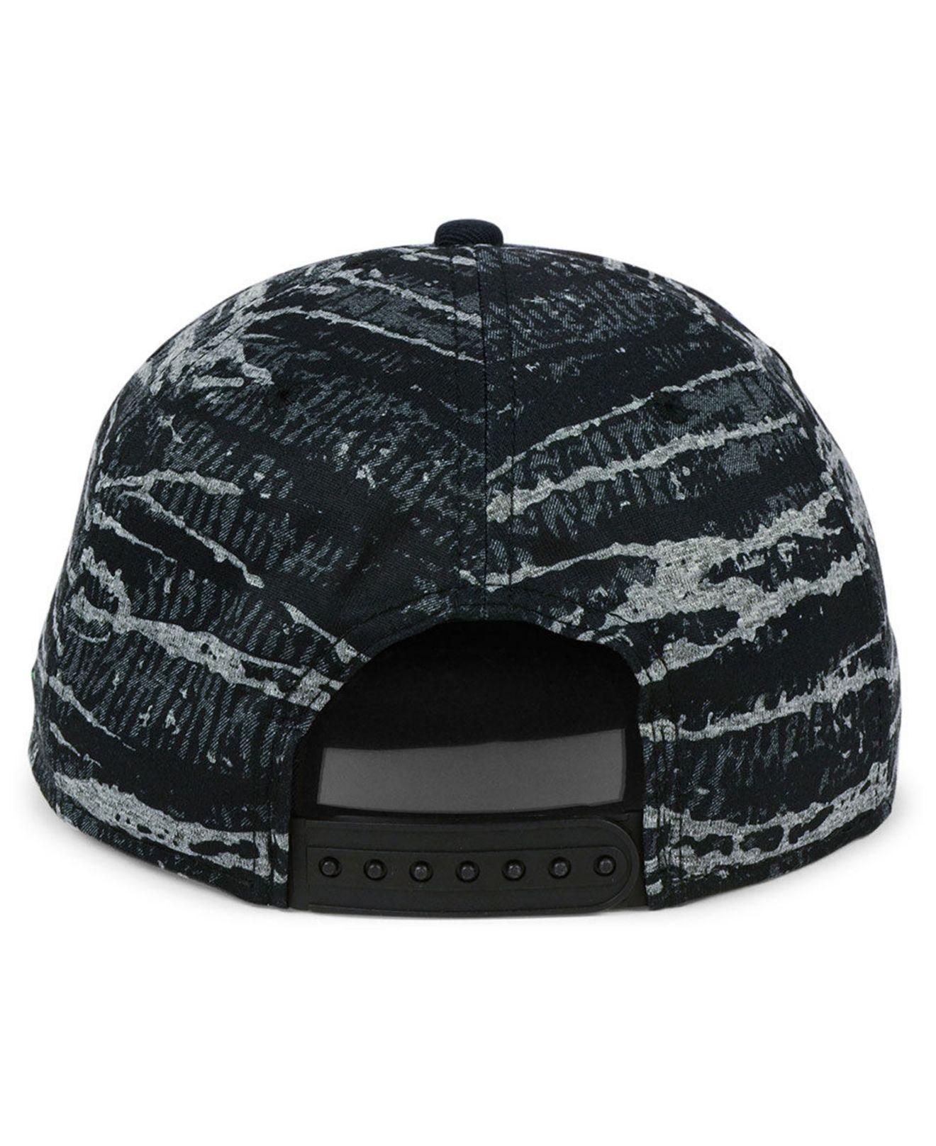 b9cd432603706 ... cheapest best price nike black oregon ducks dna true snapback cap for  men lyst. view