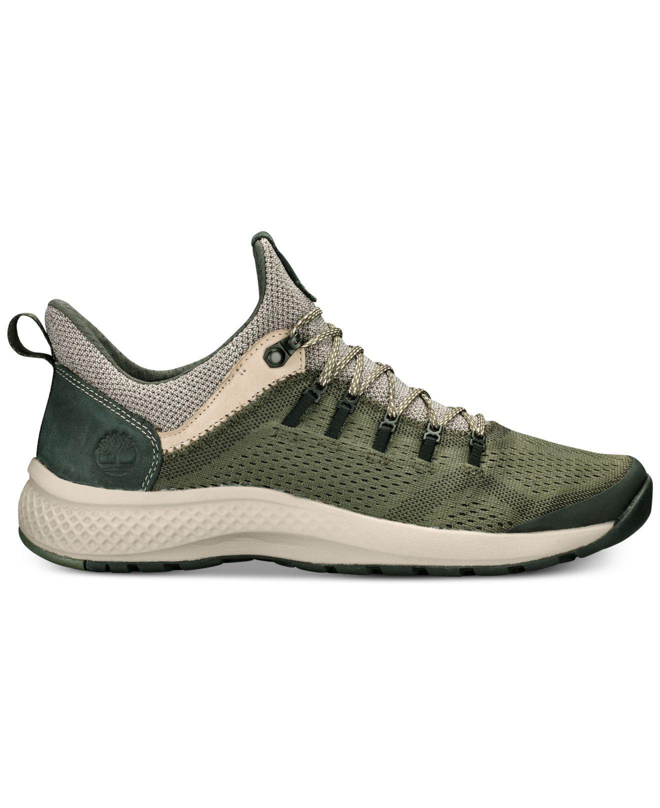 Flyroam Trail Low Shoe in Dark Green