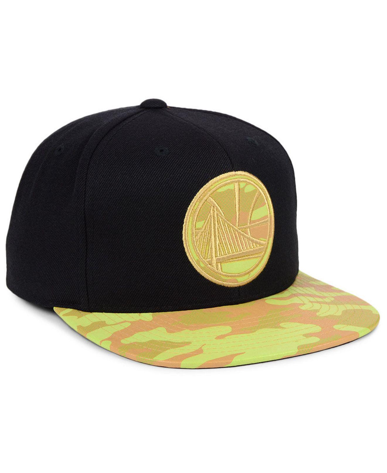 competitive price 5f393 d35a8 Mitchell   Ness - Black Golden State Warriors Natural Camo Snapback Cap for  Men - Lyst. View fullscreen