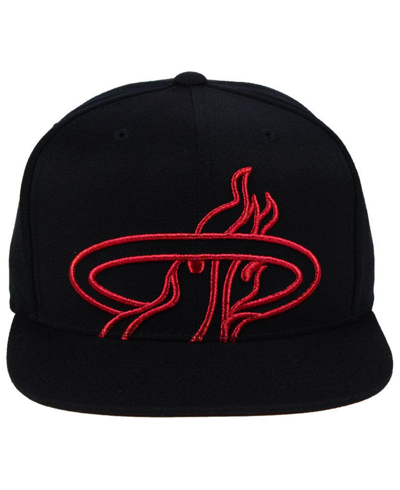 huge discount 88687 d7718 ... coupon for detailing 6c175 46c36 lyst mitchell ness miami heat metallic  cropped snapback cap in black