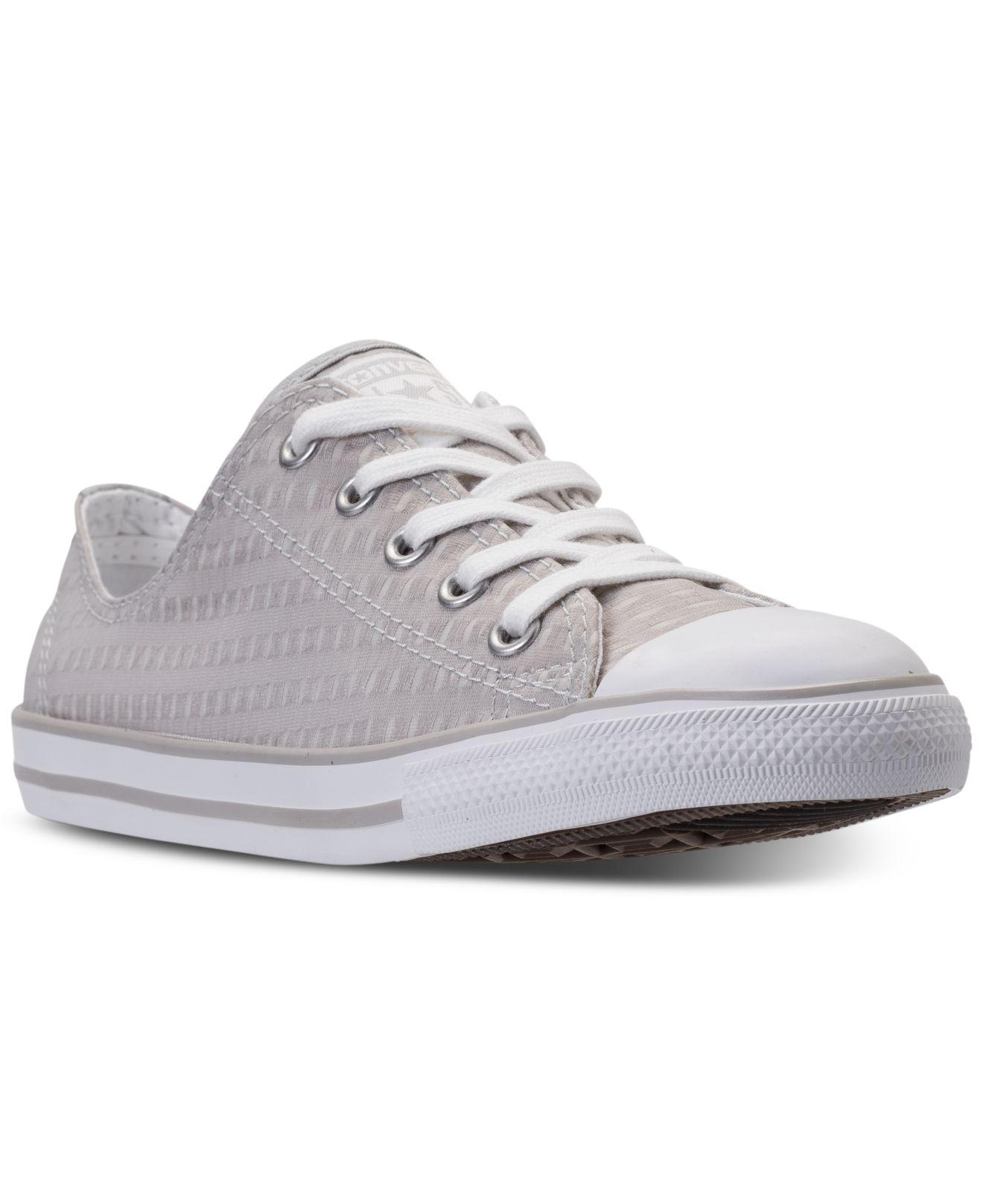 b41b65d17c2341 Gallery. Previously sold at  Macy s · Women s Converse Chuck Taylor ...