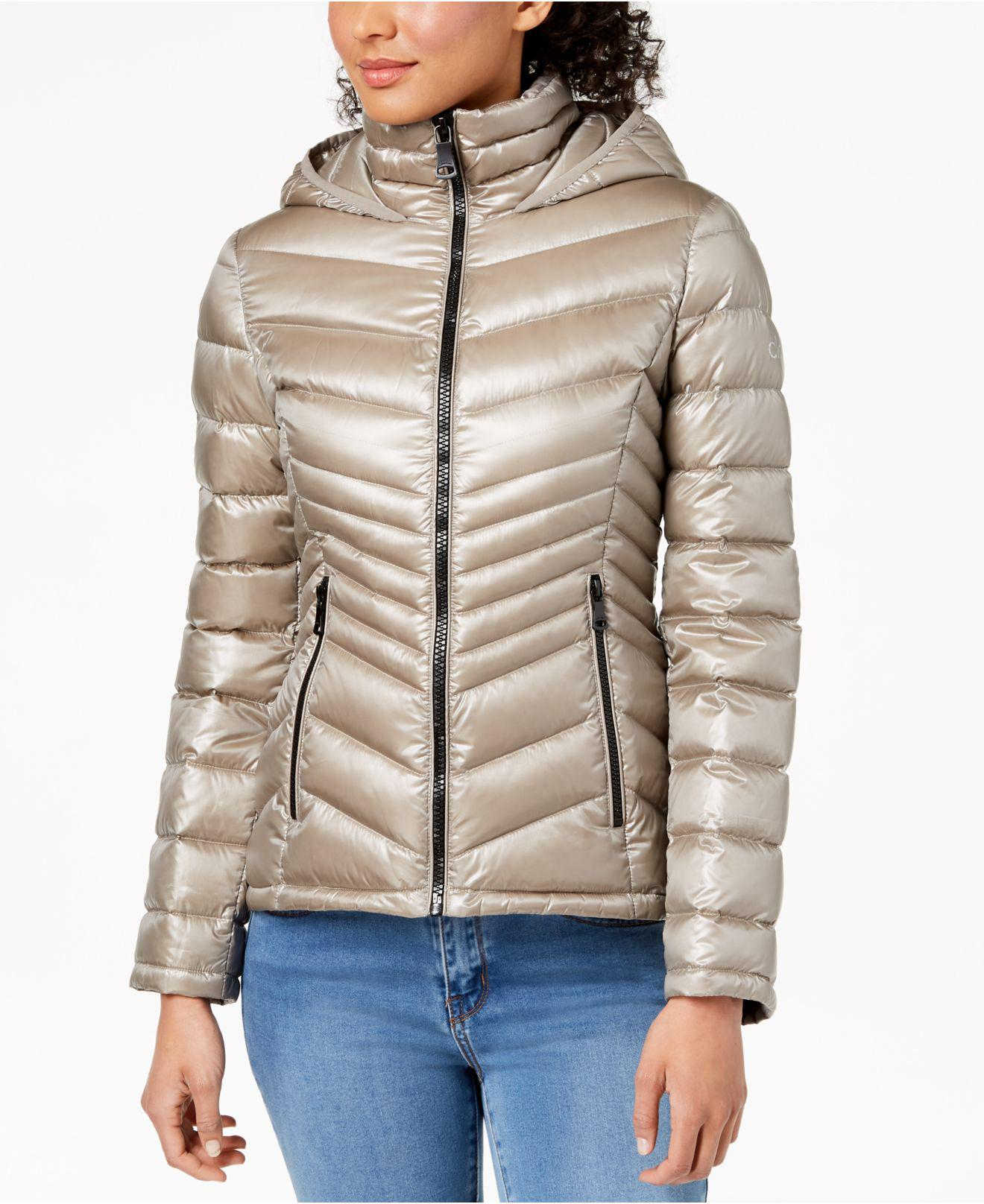 8dec5d8ac505 Lyst - Calvin Klein Hooded Packable Puffer Coat in Natural