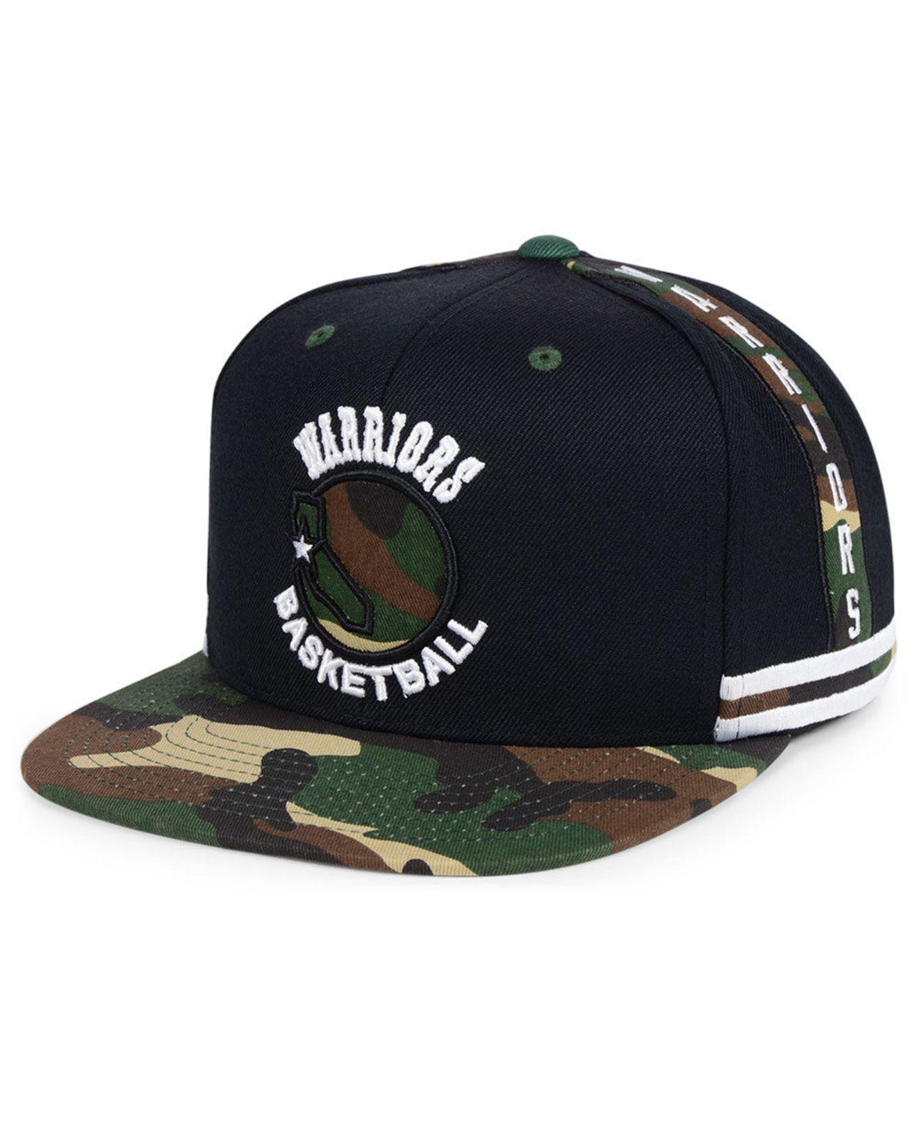9c640d649a1 Mitchell   Ness. Men s Black Golden State Warriors Straight Fire Camo Hook  Snapback Cap