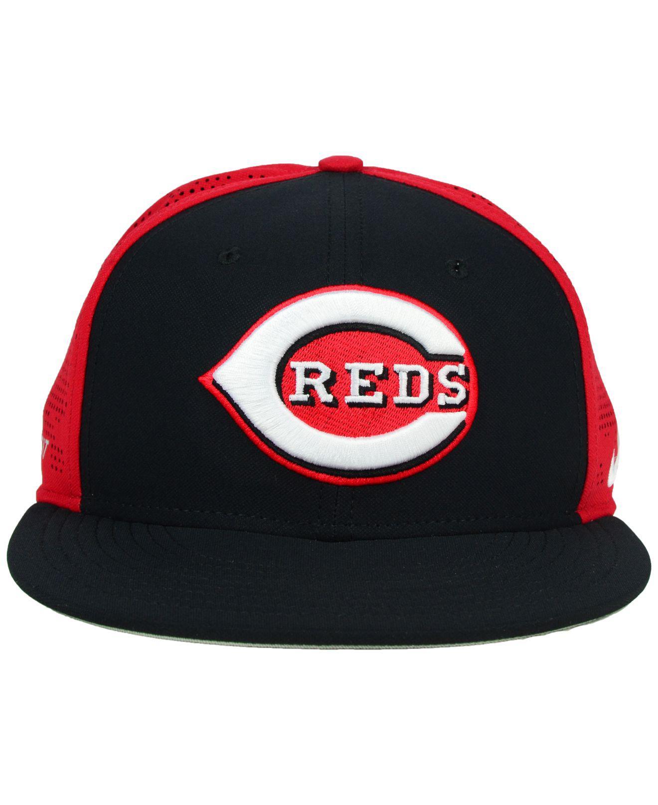 low priced 682a7 dc031 Lyst - Nike Cincinnati Reds True Vapor Swoosh Flex Cap in Black for Men