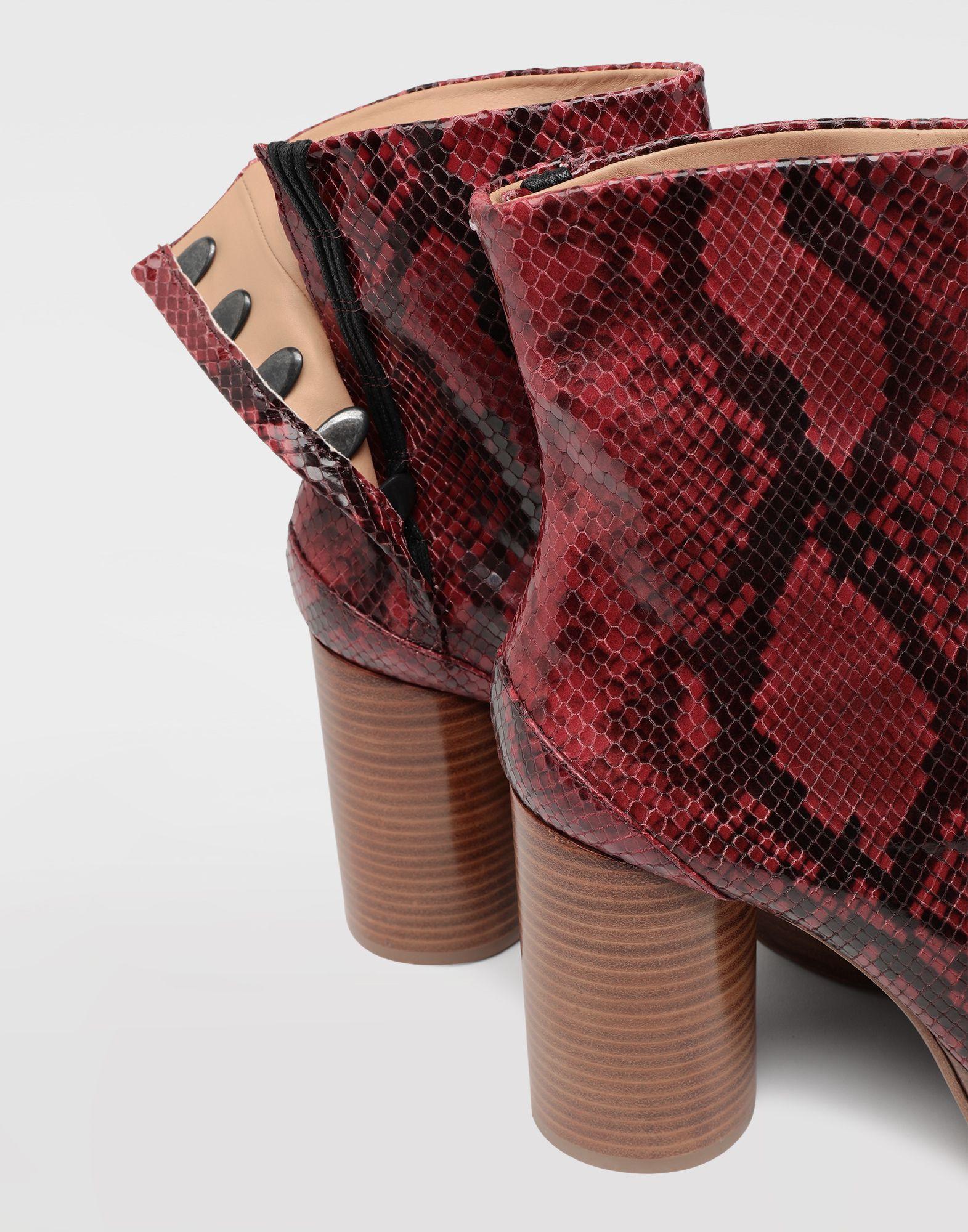 15e42f9aed8 Maison Margiela Tabi Python-effect Platform Boots - Lyst