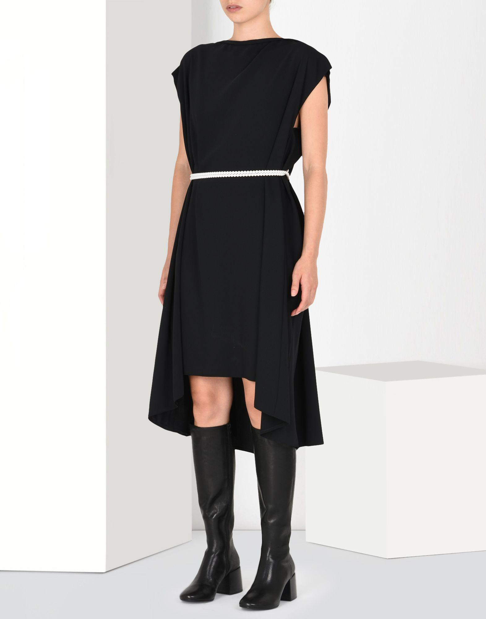 be4d9922f36842 mm6-by-maison-martin-margiela-Black-Oversized-Knee-length-Dress.jpeg