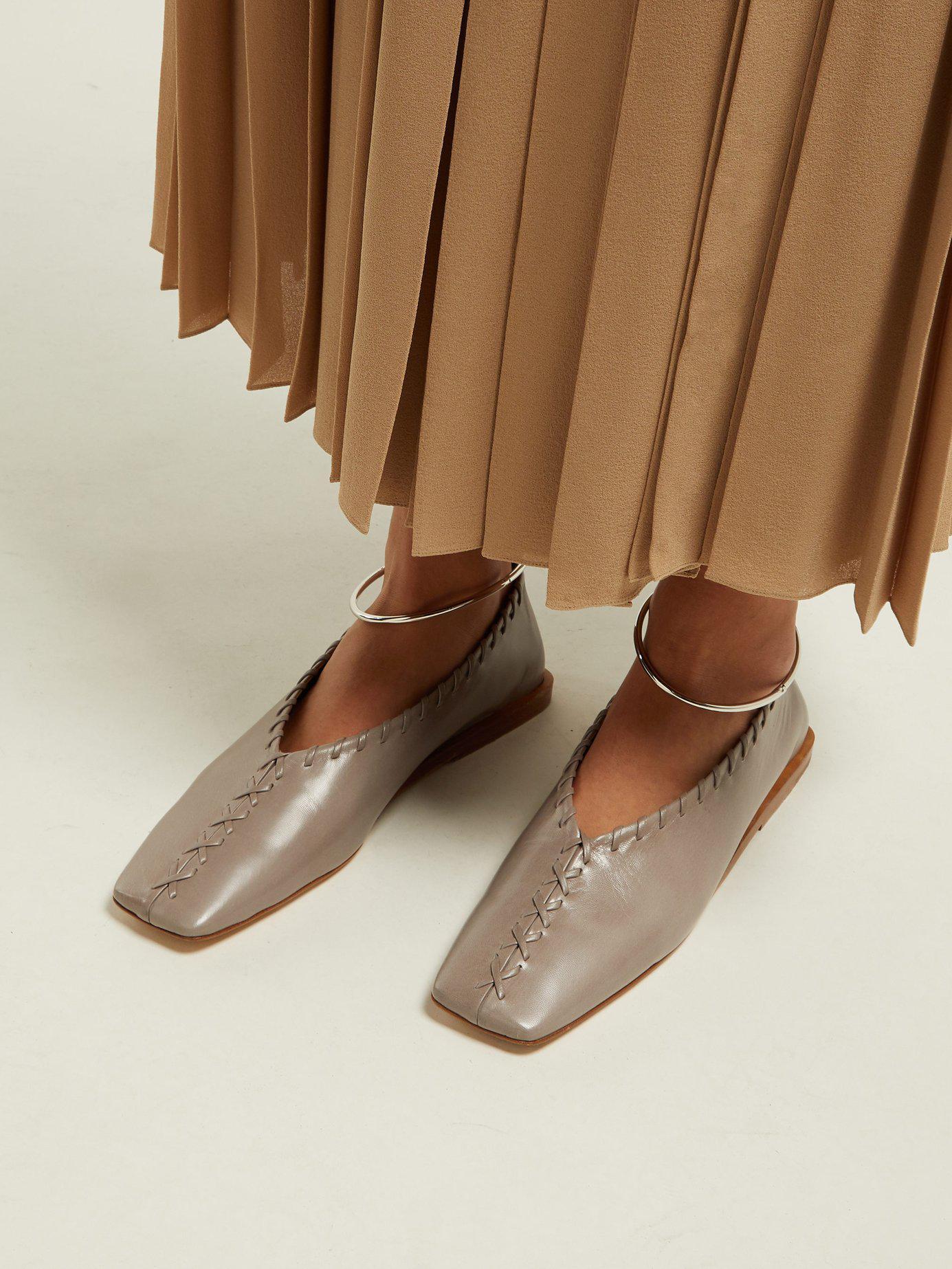 Jil Sander Leather Stitch-detailed Ballet Pumps in Grey (Gray) - Lyst