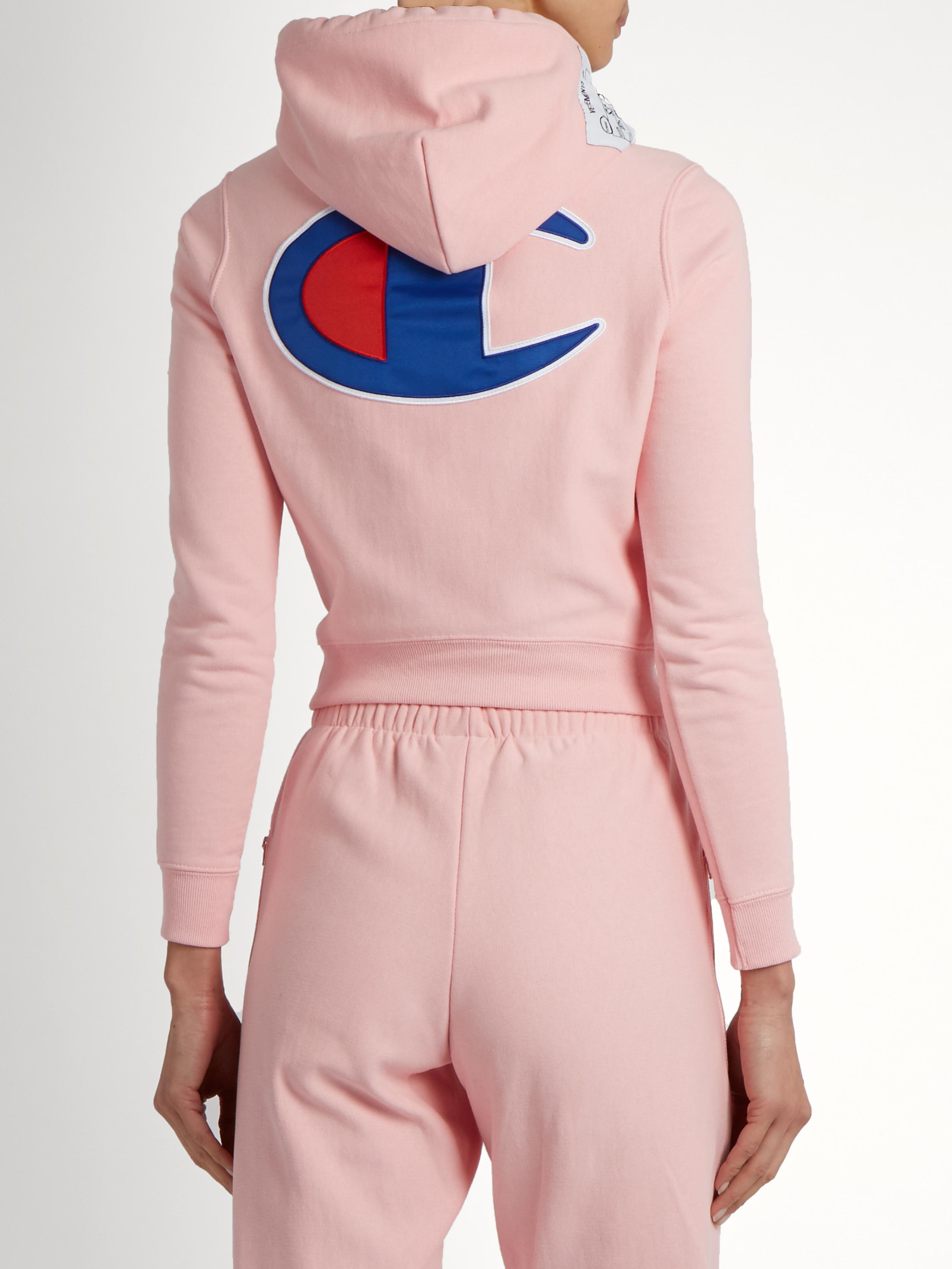 Vetements X Champion Hooded Cotton-blend Sweatshirt in Pink | Lyst
