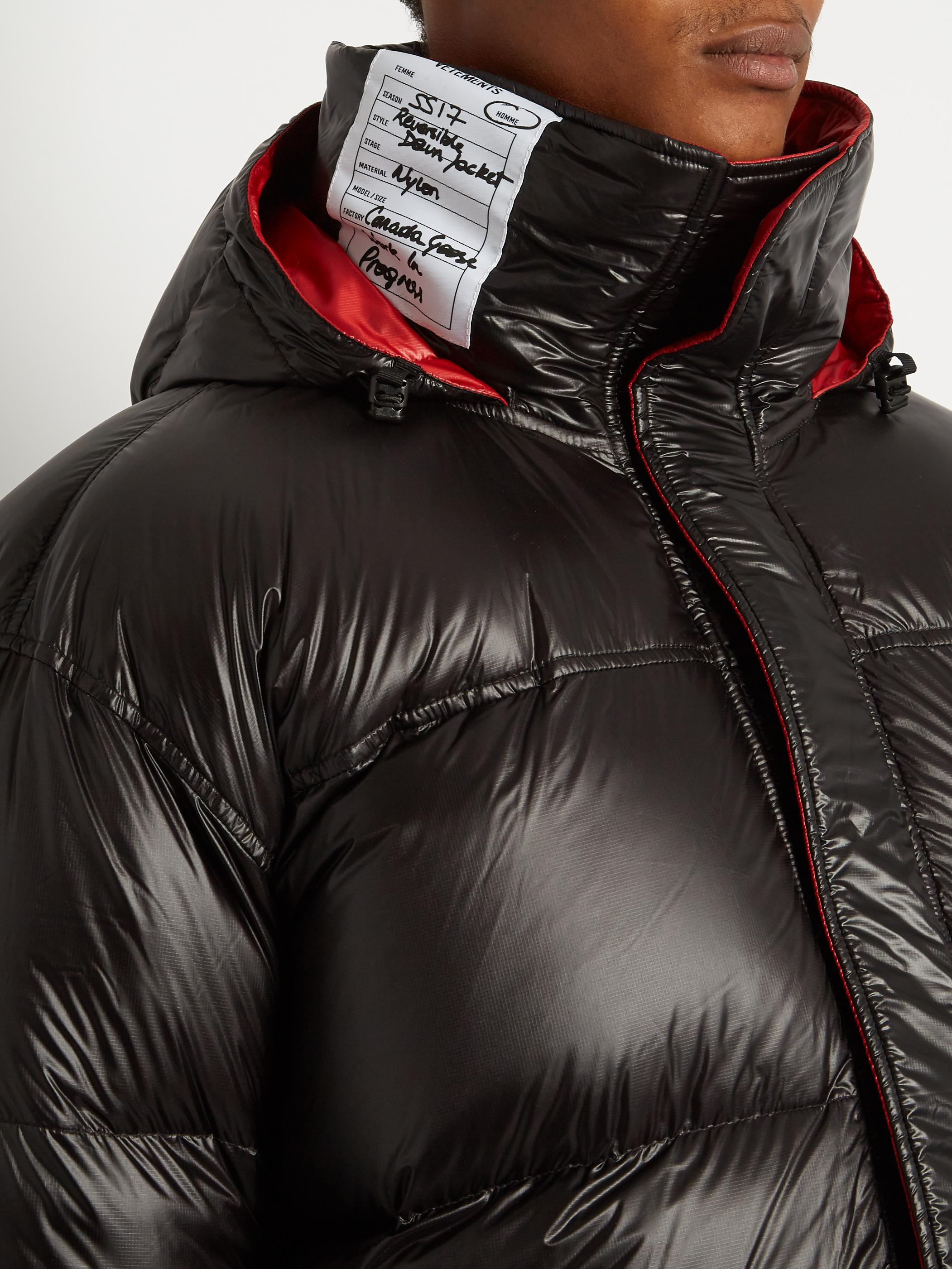 exquisite style great fit details for Vetements X Canada Goose Reversible Down-padded Coat in Black Red ...