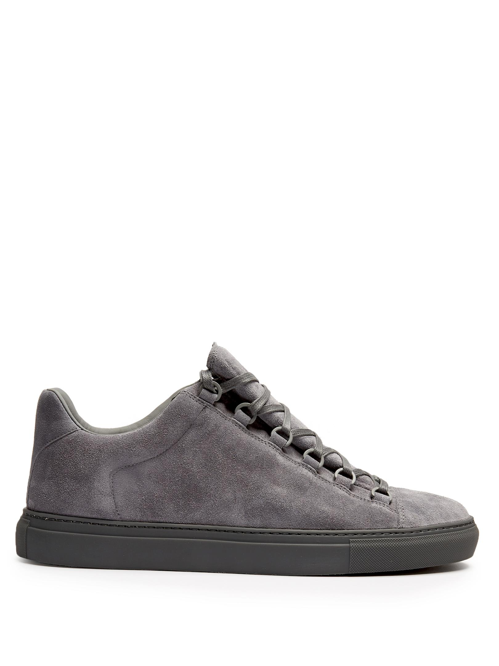 8d816b96094a2 Balenciaga Arena Low-top Suede Trainers in Gray for Men - Lyst
