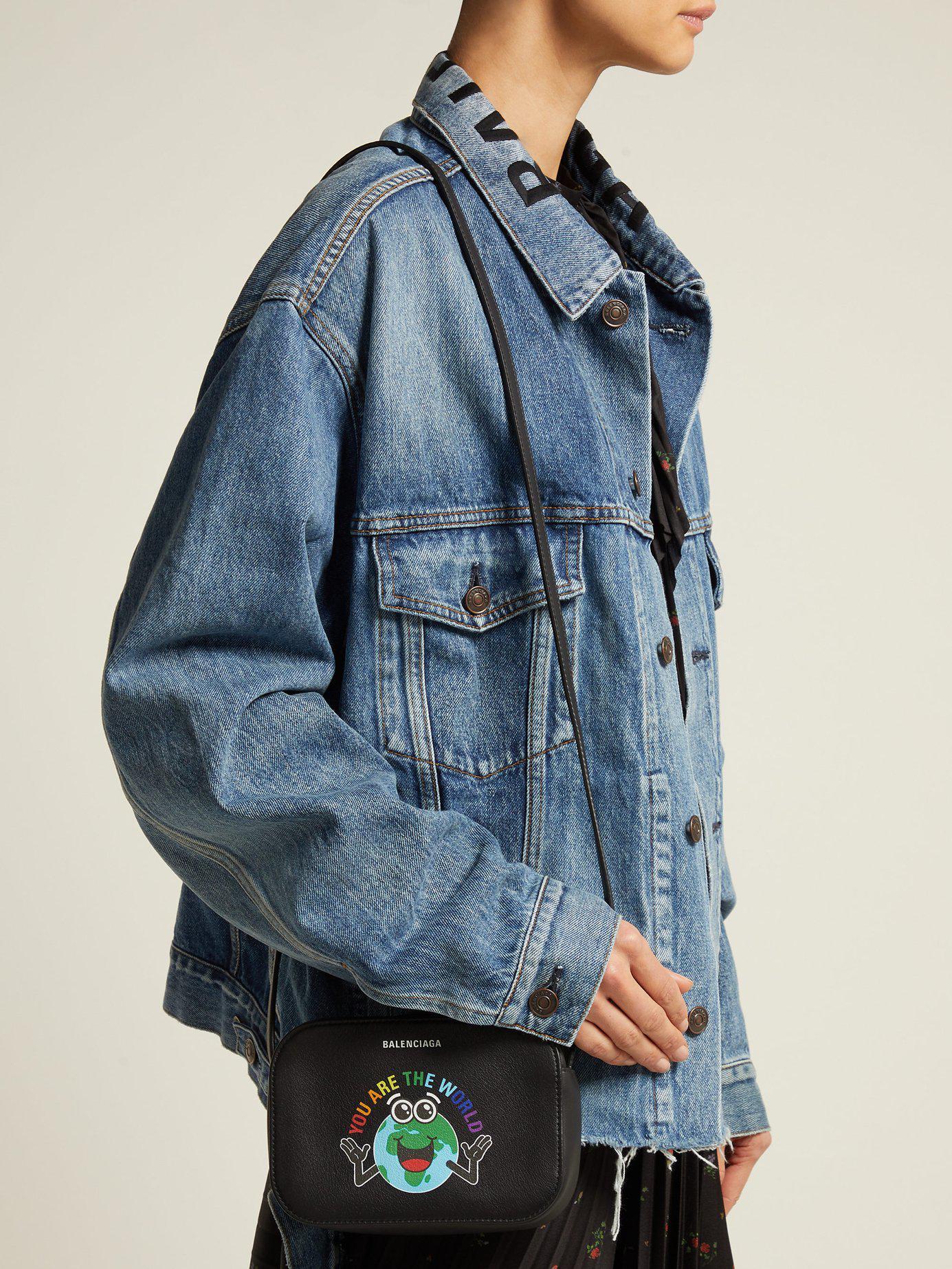 501cd437d745 Lyst - Balenciaga Everyday Xs Leather Cross Body Bag in Black