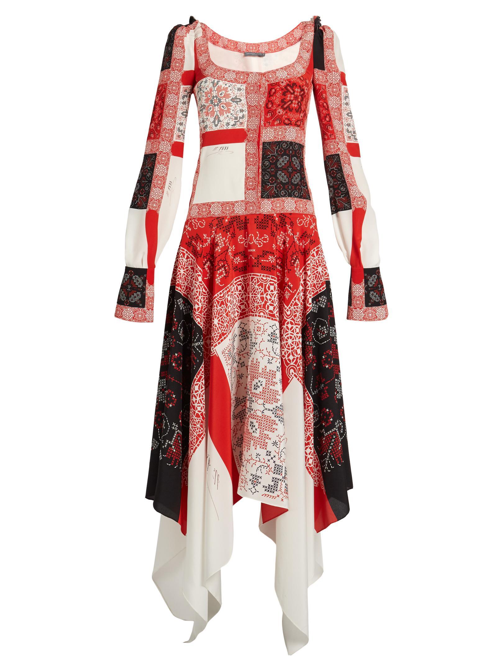 Scoop-neck cross-stitch print crepe de Chine dress Alexander McQueen yViL9nD9q