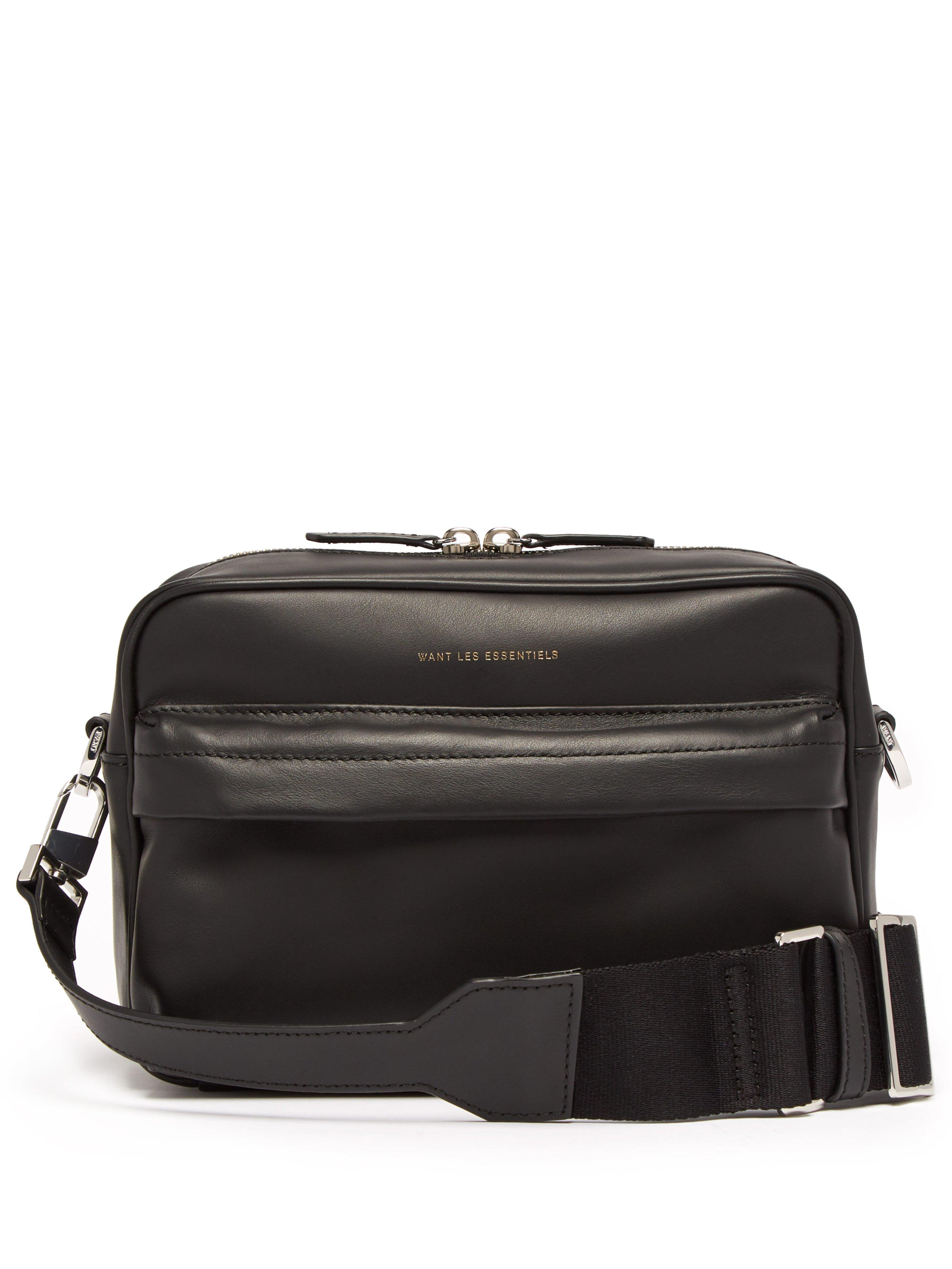 e168c5cbad Want Les Essentiels De La Vie - Black Sac bandoulière rectangulaire en cuir  for Men -. Afficher en plein écran