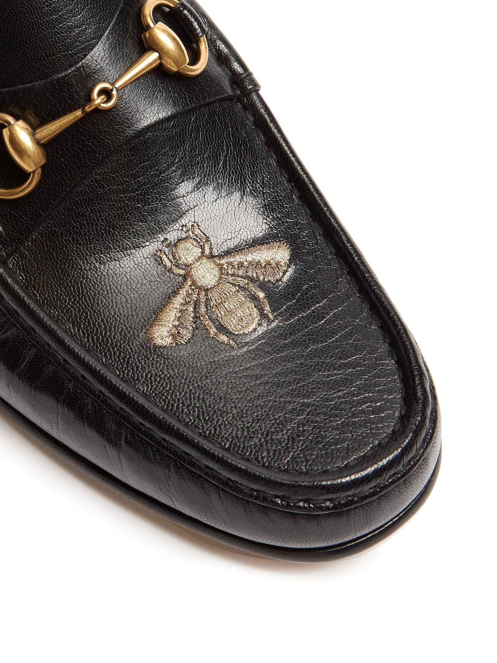 Gucci Roos Bee Embroidered Leather Loafers In Black For