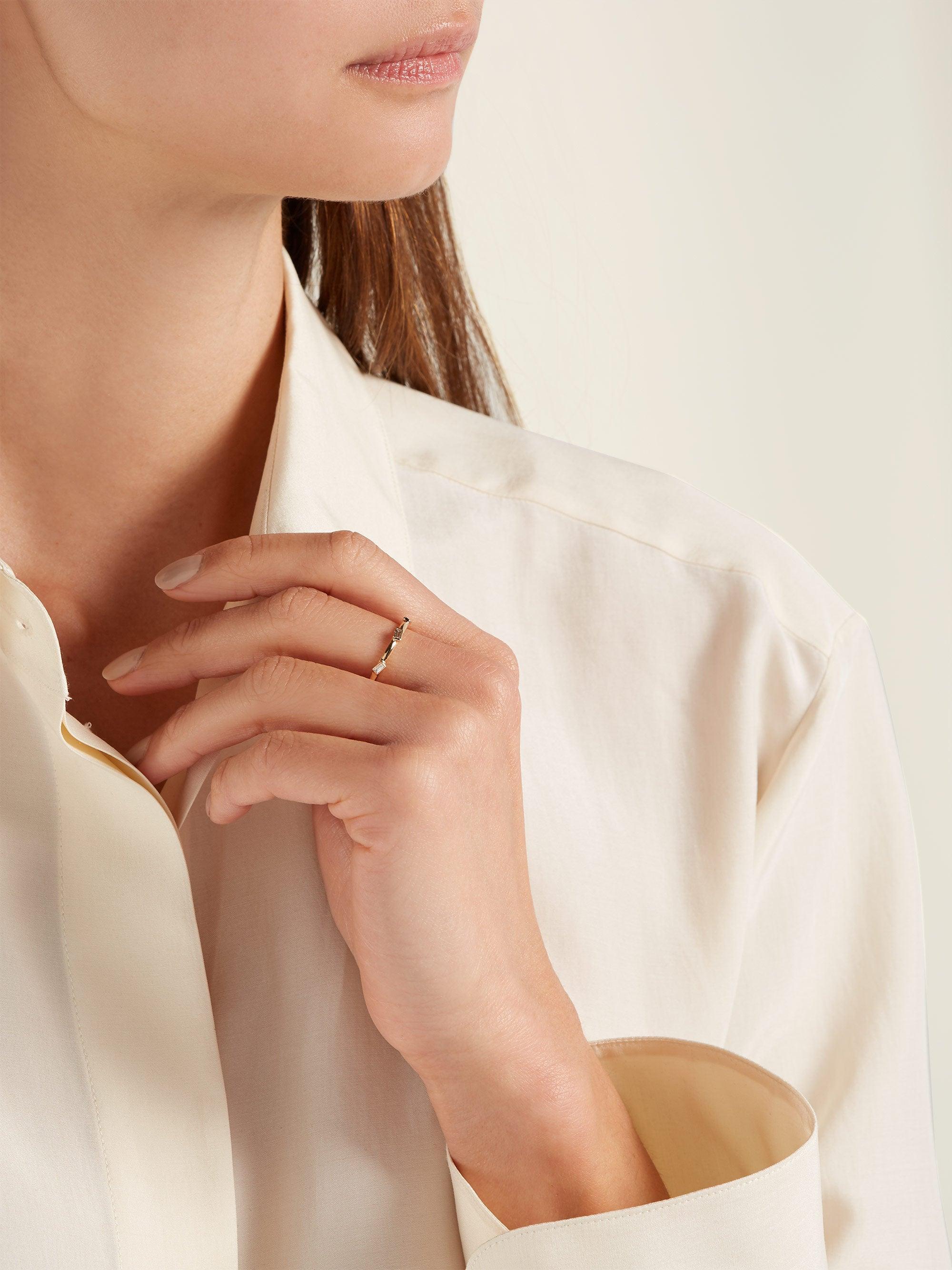Ileana Makri Silk 18kt Gold And Baguette-diamond Ring in Yellow Gold (Metallic)