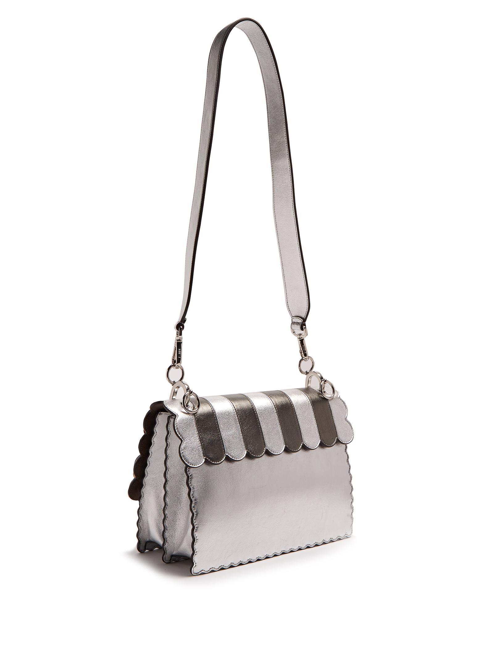 Kan I flower-appliqué leather shoulder bag Fendi SNJFg3lcVV