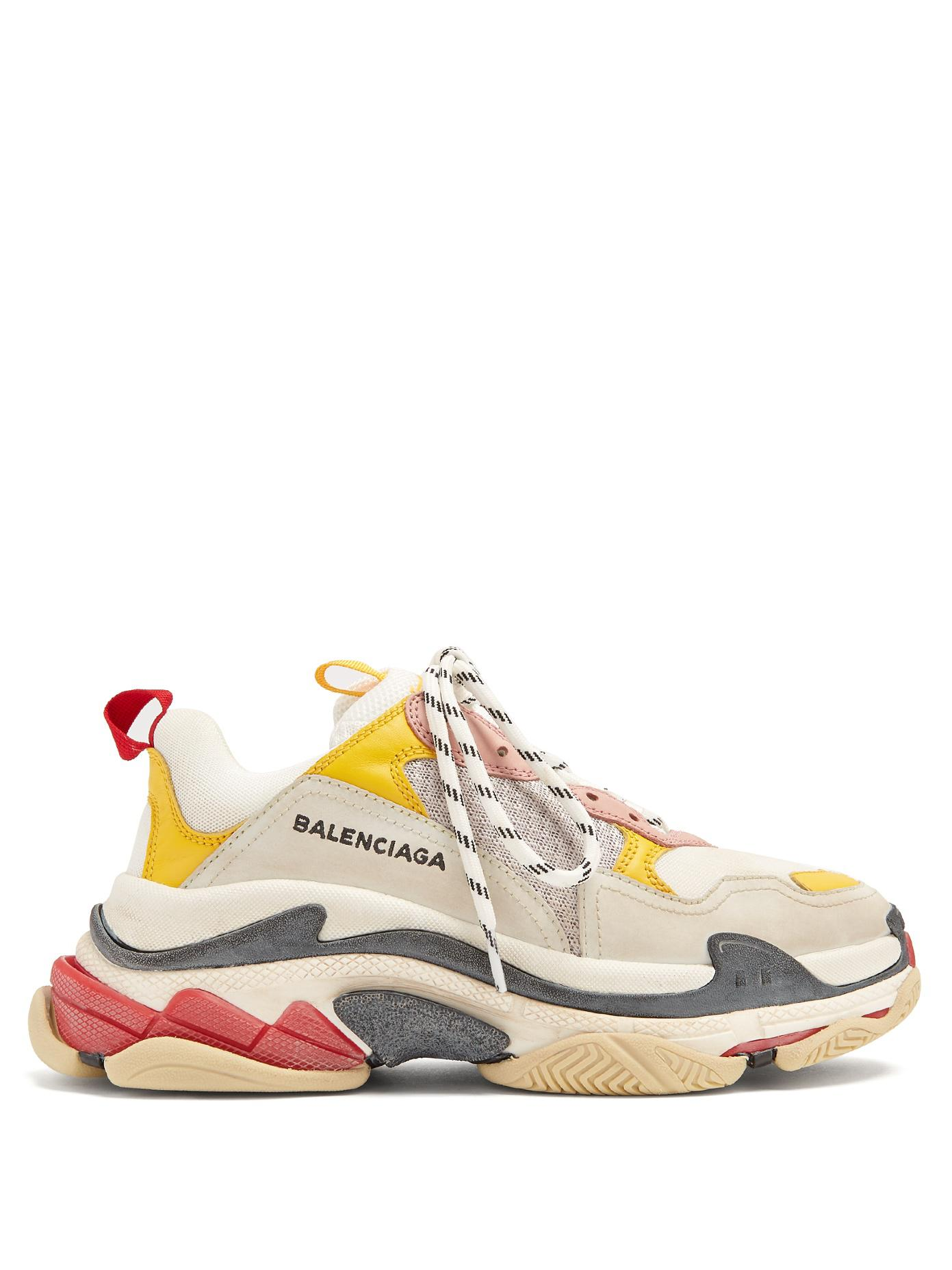 lyst balenciaga triple s low top trainers in white. Black Bedroom Furniture Sets. Home Design Ideas