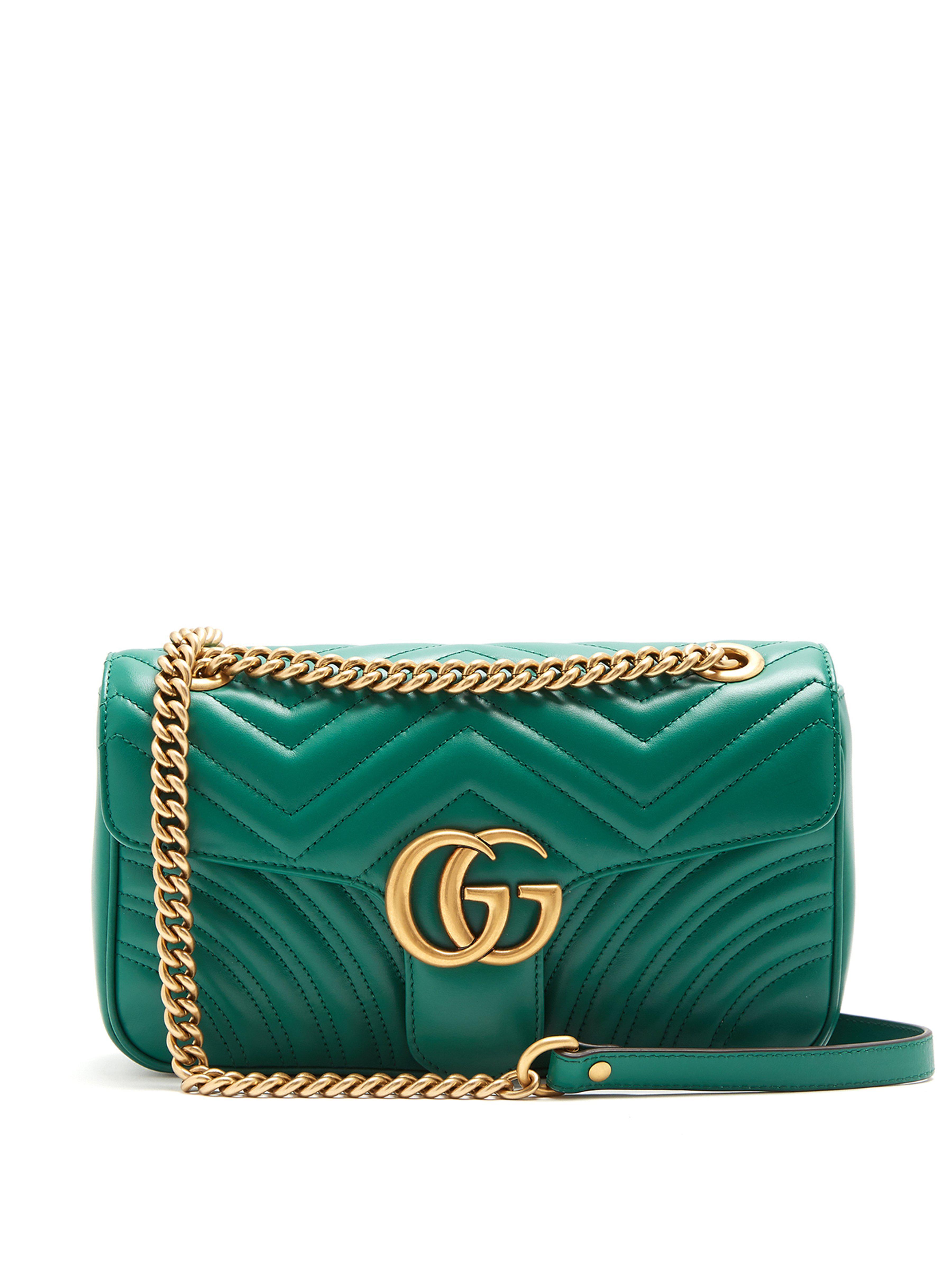 394058199e38 Lyst - Sac porté épaule en cuir matelassé GG Marmont Gucci en ...
