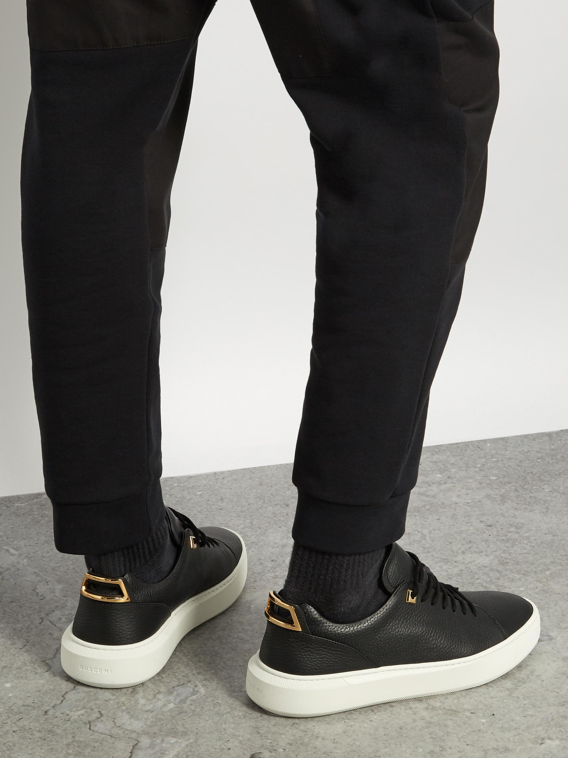 Uno low-top suede trainers Buscemi AECCs