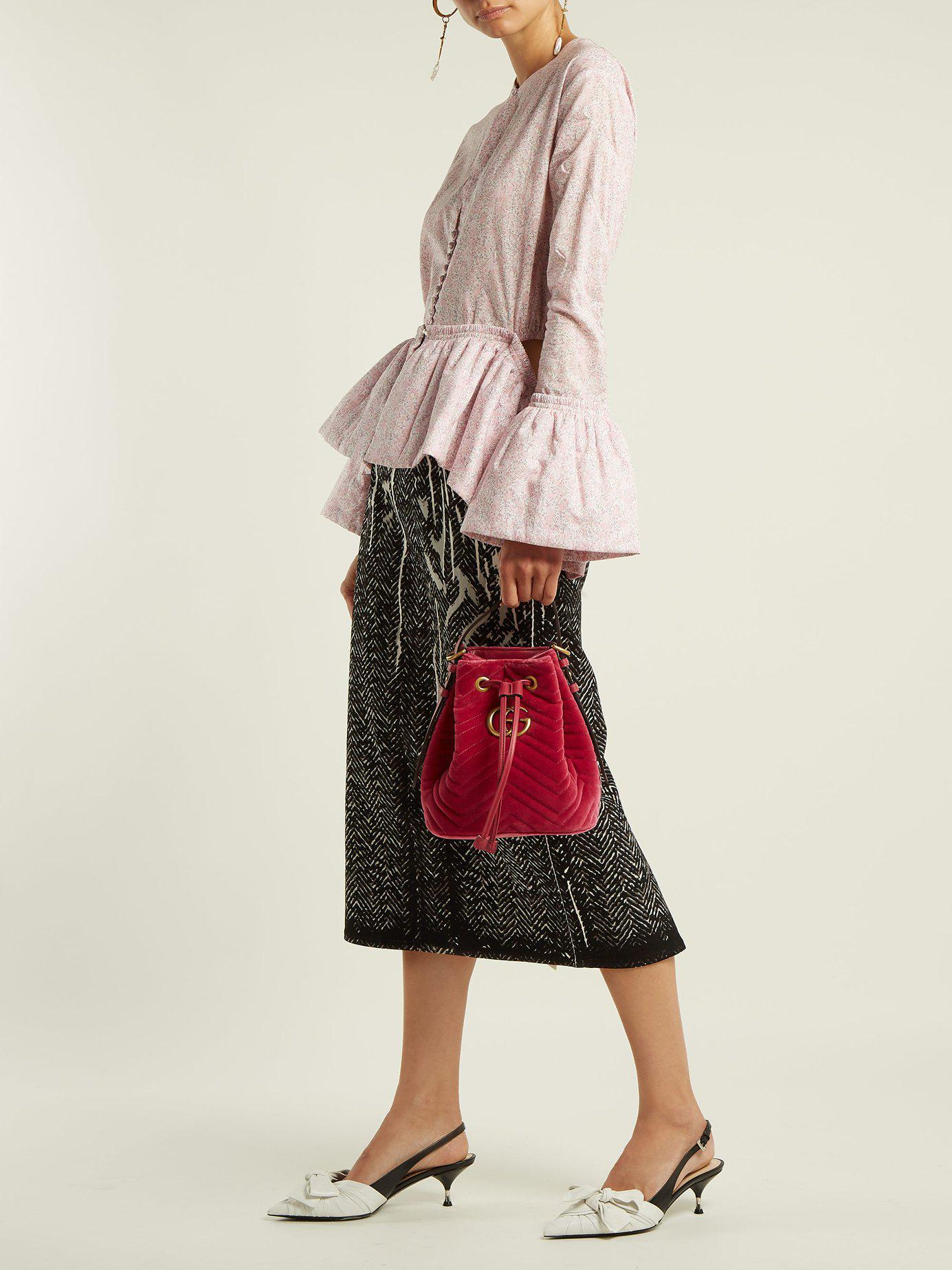 Lyst - Gucci Gg Marmont Quilted Velvet Drawstring Bucket Bag in Pink da2b14490dc65