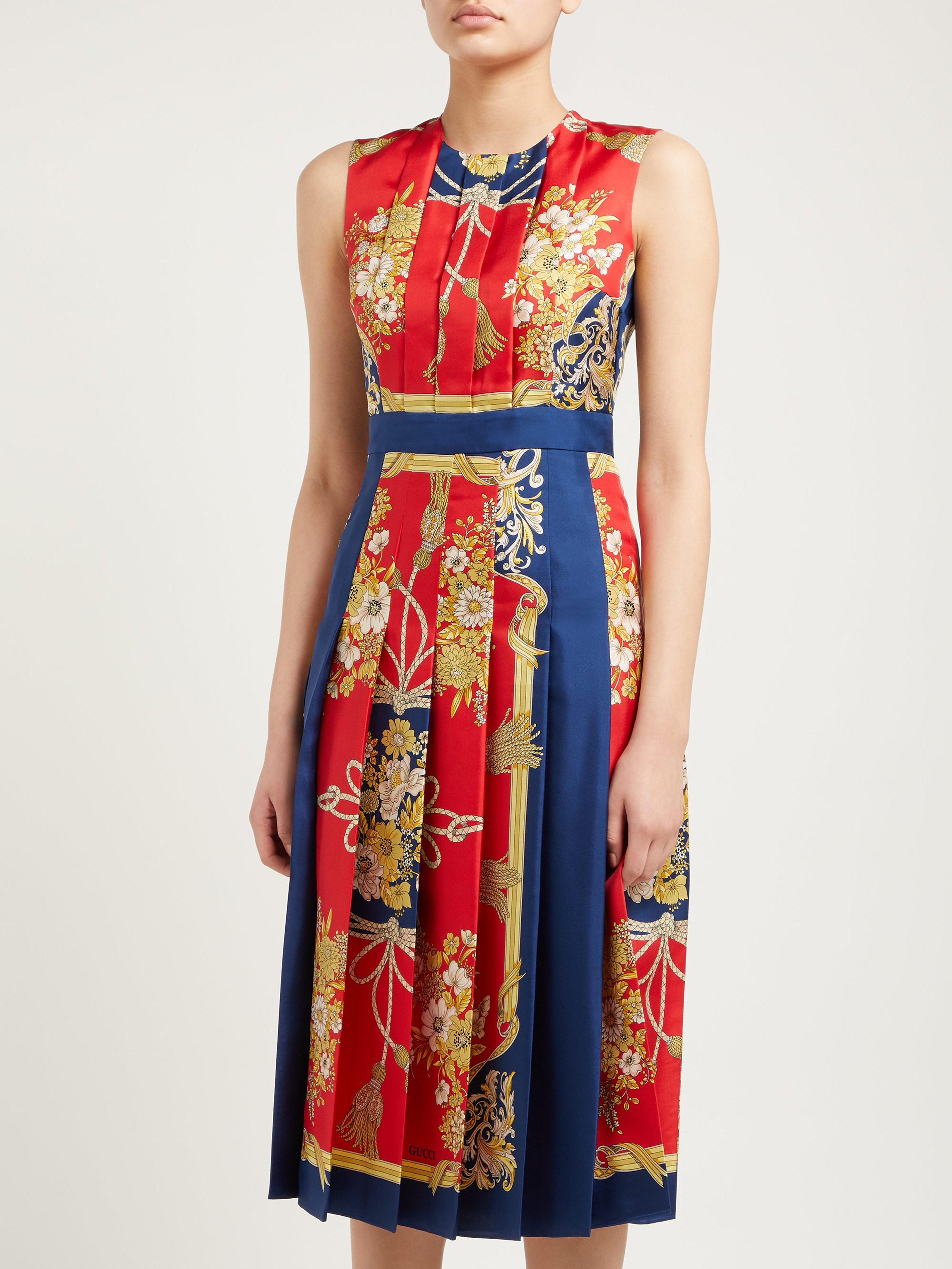 e5395528c Gucci Pleated Intrigue Print Silk Satin Midi Dress in Red - Lyst