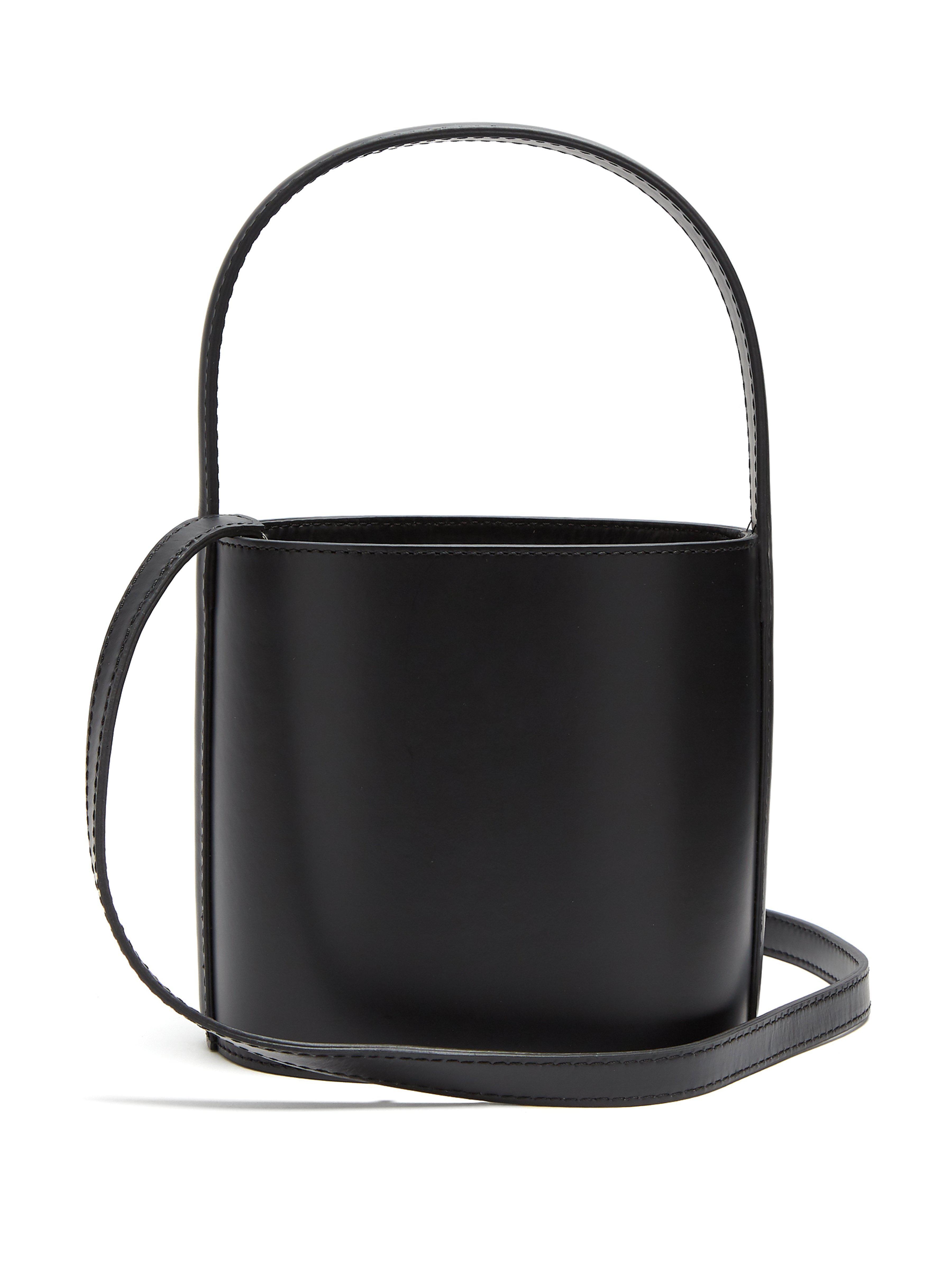 Sac seau Bissett Cuir STAUD en coloris Noir - 16 % de réduction