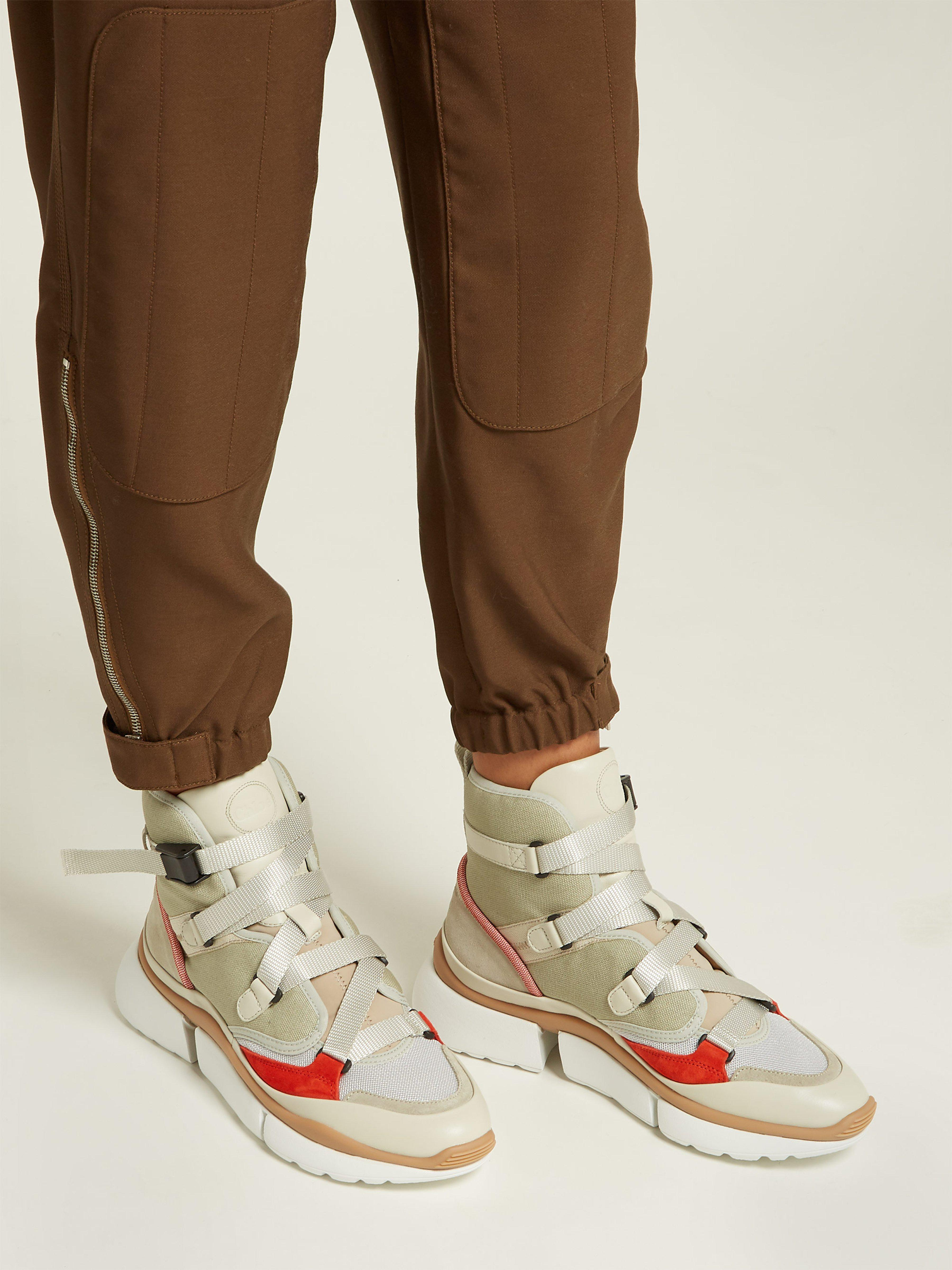 Chloé Canvas Sonnie High-top Trainers in Grey