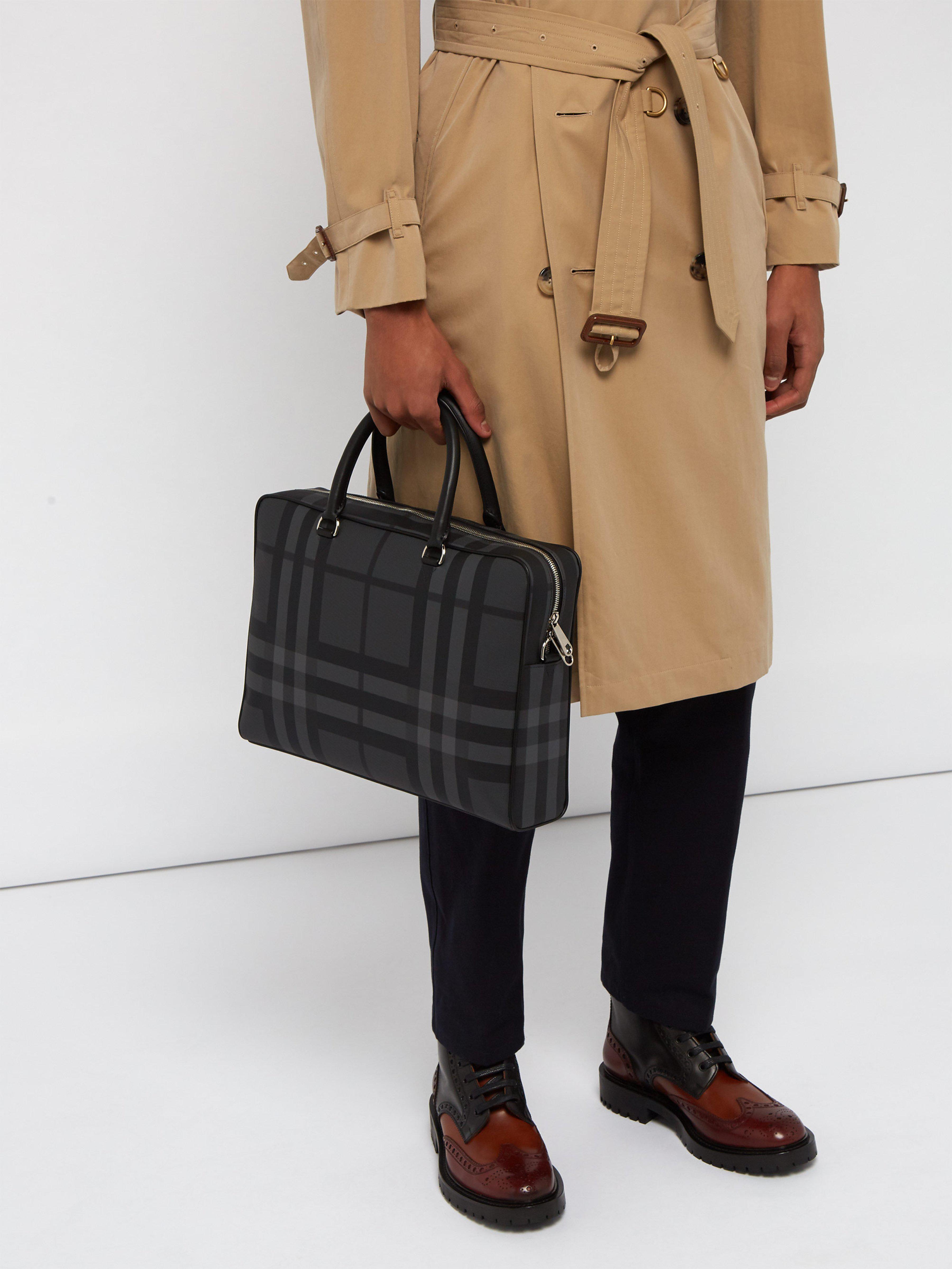 adf6bb514b2 Lyst - Serviette en cuir à motif London check Ainsworth Burberry pour homme  en coloris Gris