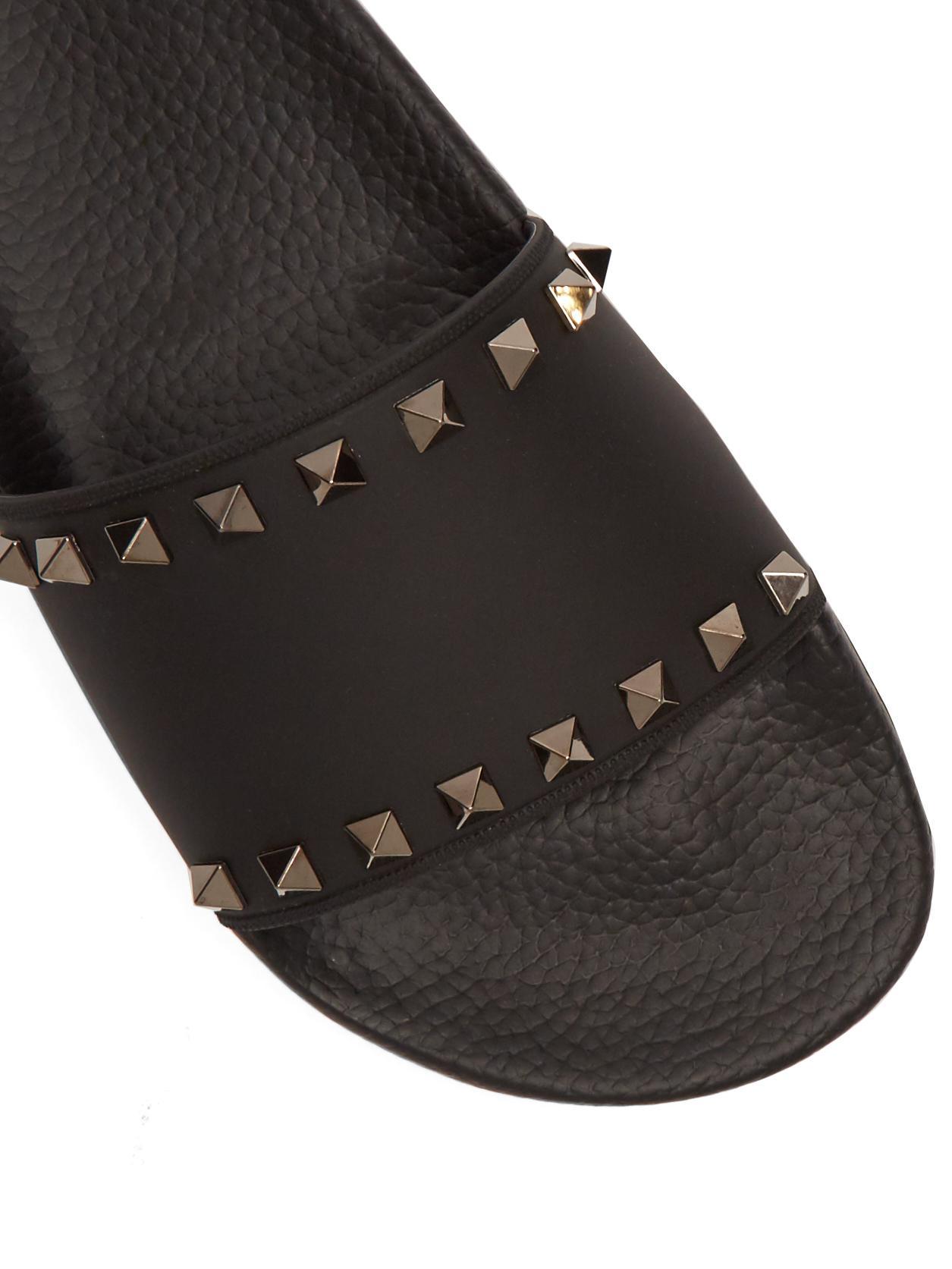 Valentino Rockstud Rubber Slide Sandal In Black Lyst