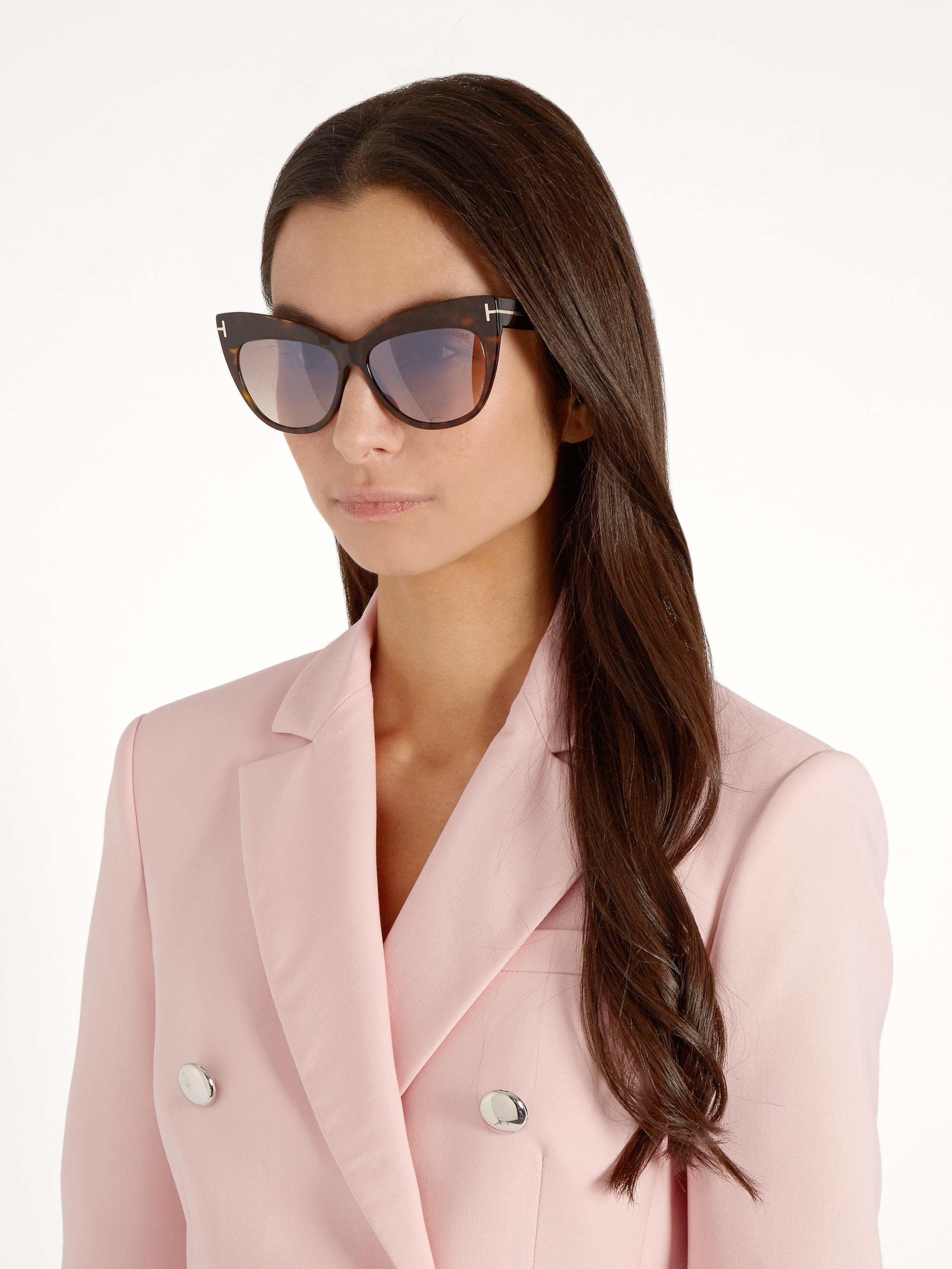 9d59fc584b60d Gallery. Previously sold at  MATCHESFASHION.COM · Women s Tom Ford Cat Eye