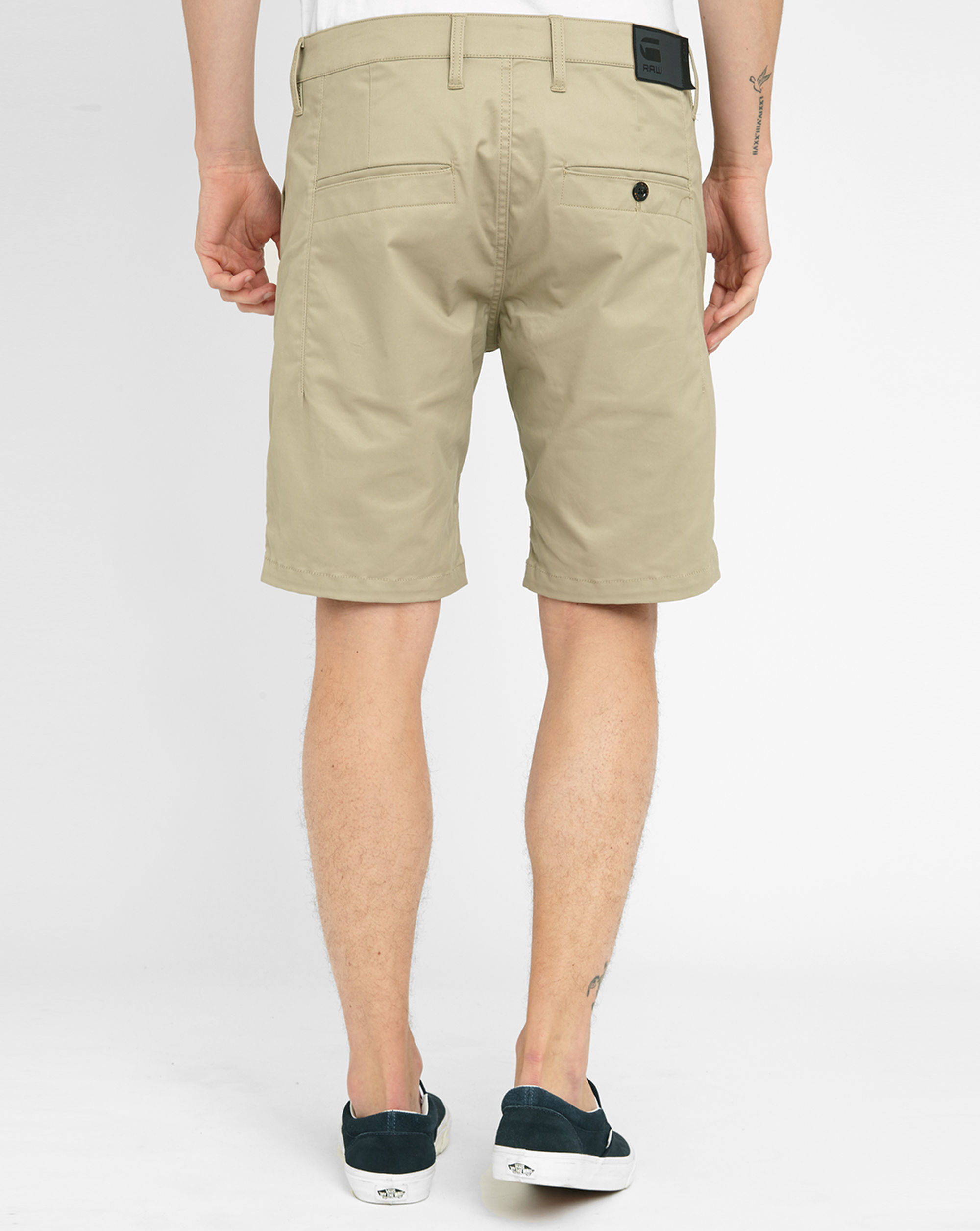 g star raw beige sand bronson 1 2 chino shorts in natural. Black Bedroom Furniture Sets. Home Design Ideas