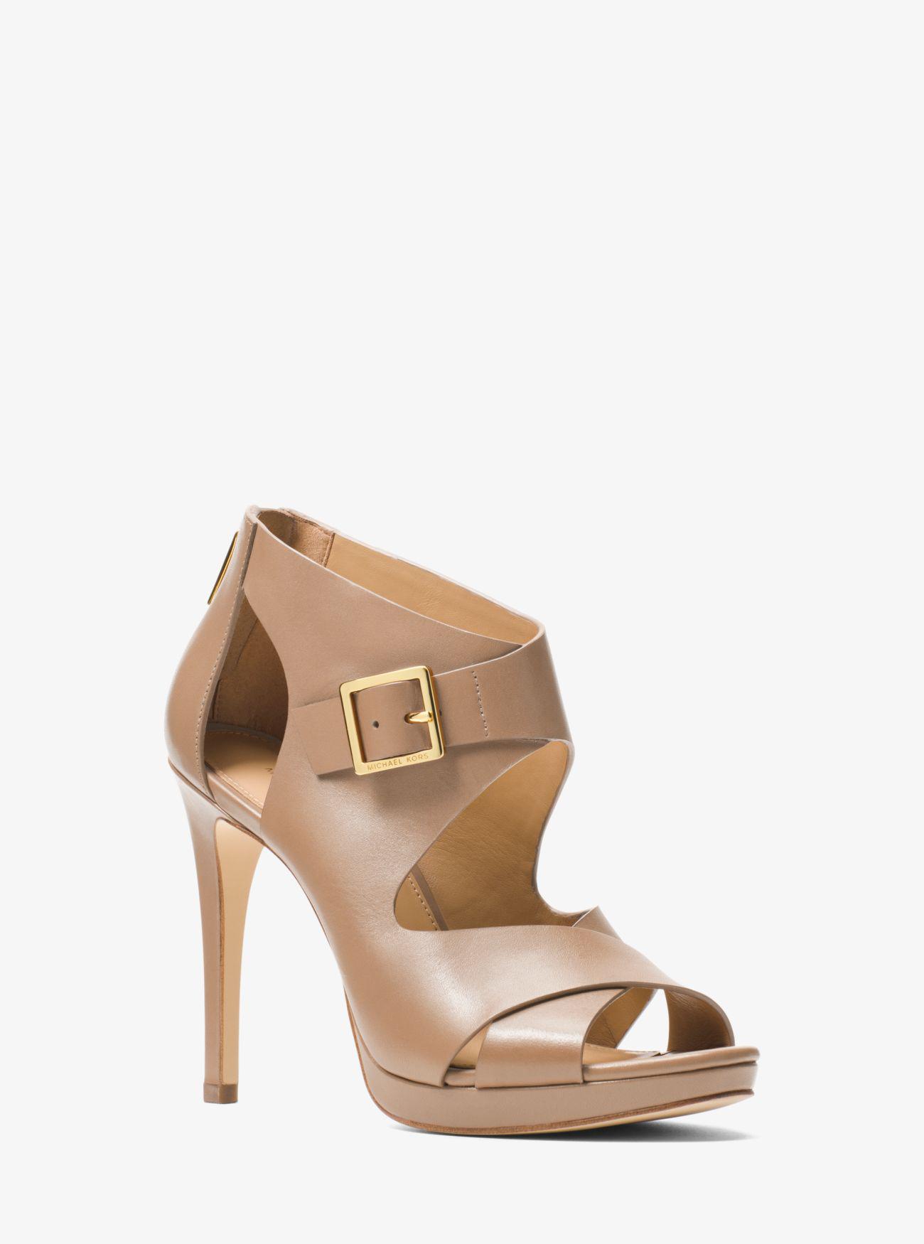15b4ef2c9832 Michael Kors Kimber Leather Platform Sandal in Natural - Lyst