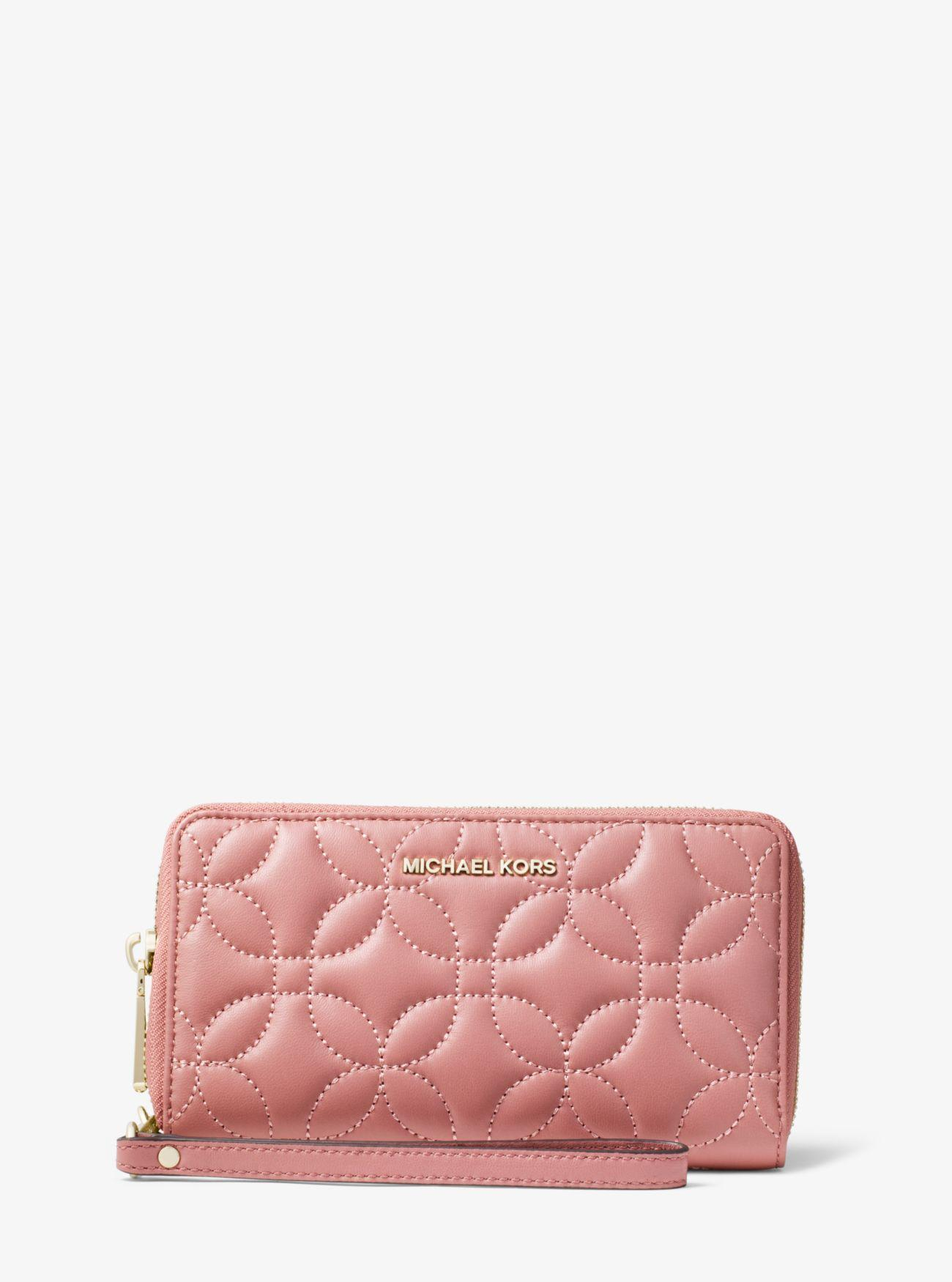 0b53ba5871538 Lyst - MICHAEL Michael Kors Large Quilted Leather Smartphone ...