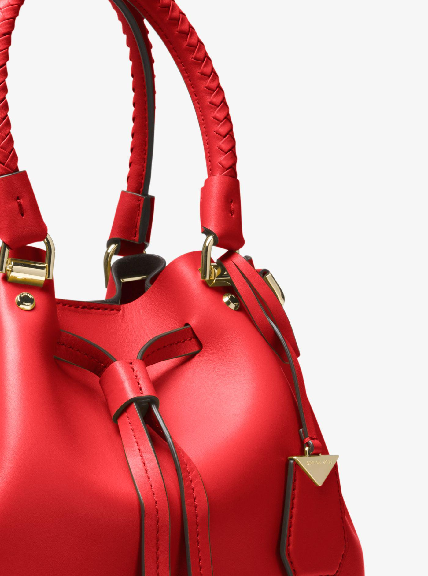 bc648f35d Michael Kors Blakely Leather Bucket Bag in Red - Lyst