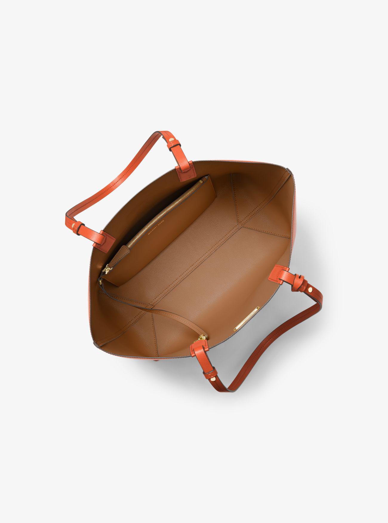 2570990b6b28f3 Michael Kors Cameron Large Leather Reversible Tote - Lyst