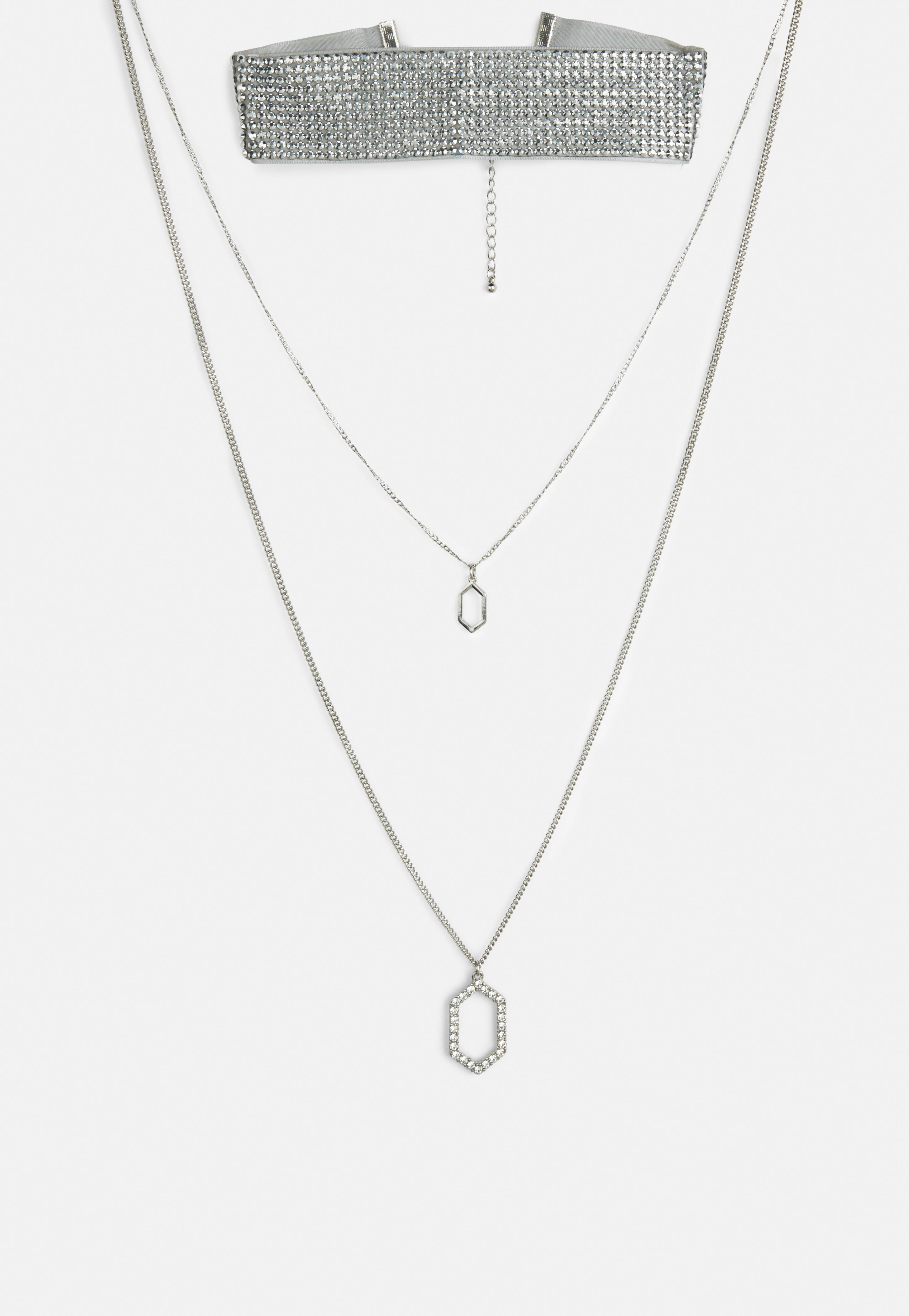 Missguided Silver Crystal Layer Pendant in Metallic