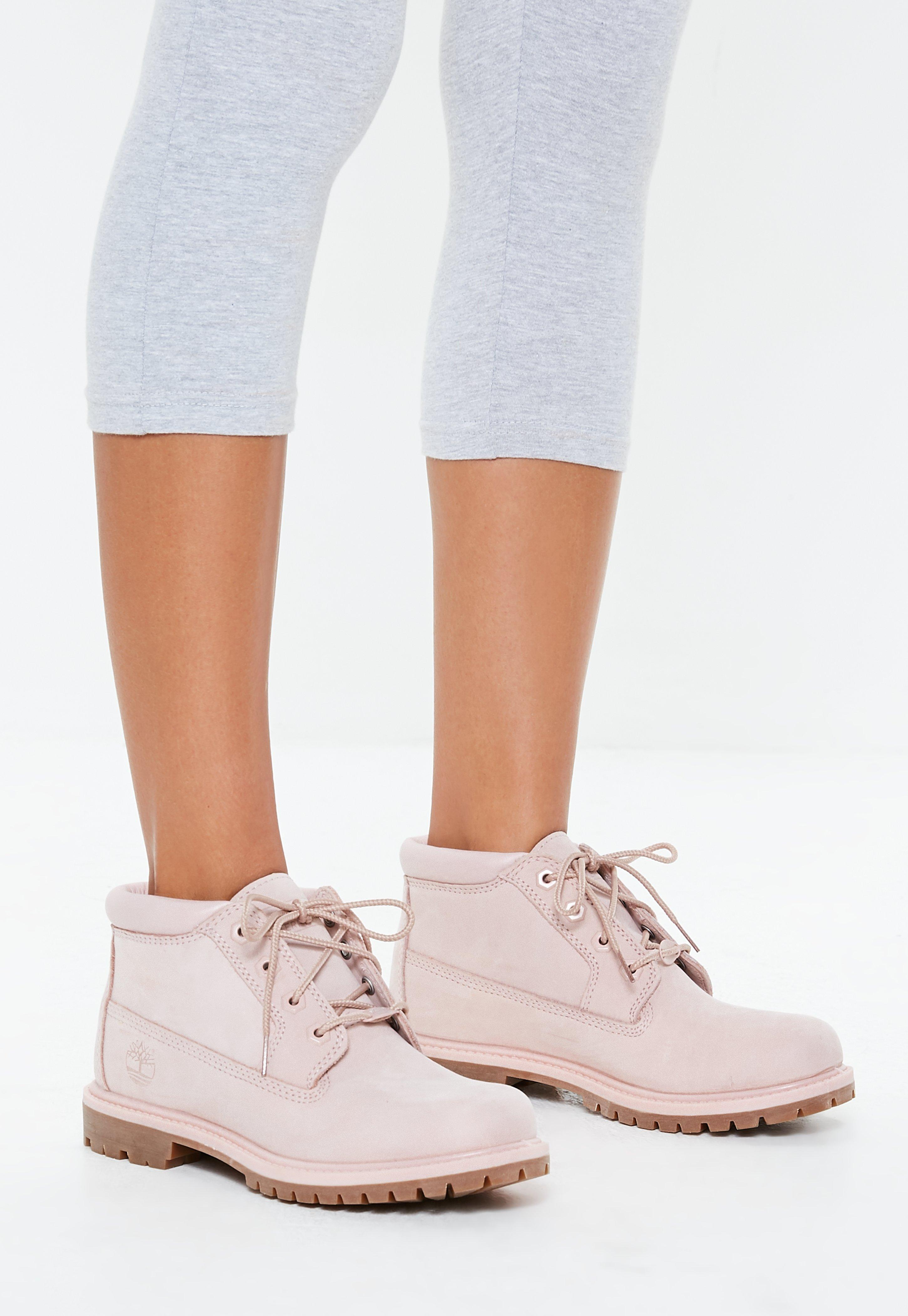 tienda del reino unido bien baratas 2019 mejor Missguided Leather Timberland Pink Nellie Chukka Boots - Lyst