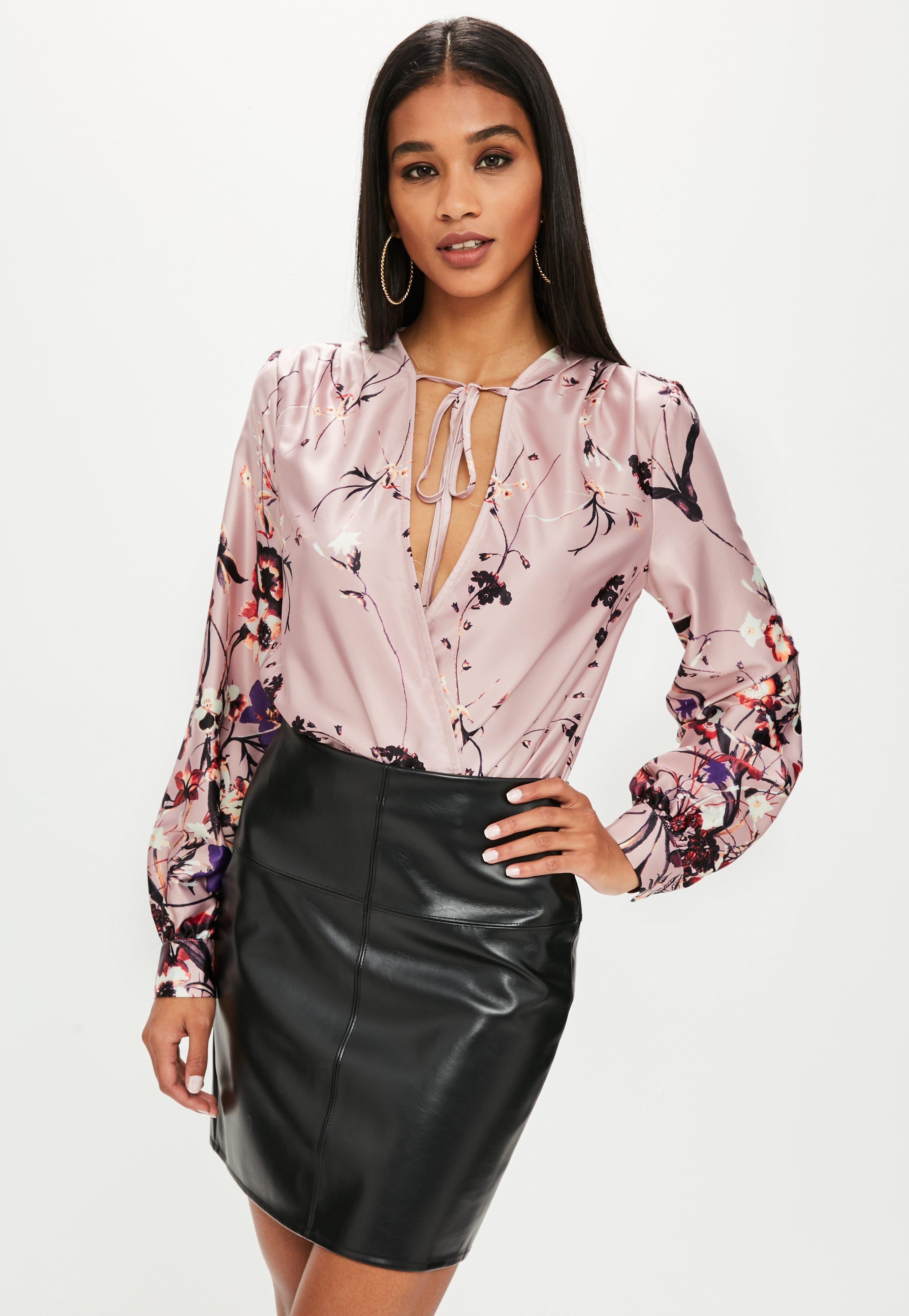 7b97bb7676 Lyst - Missguided Pink Floral Tie Front Bodysuit in Pink
