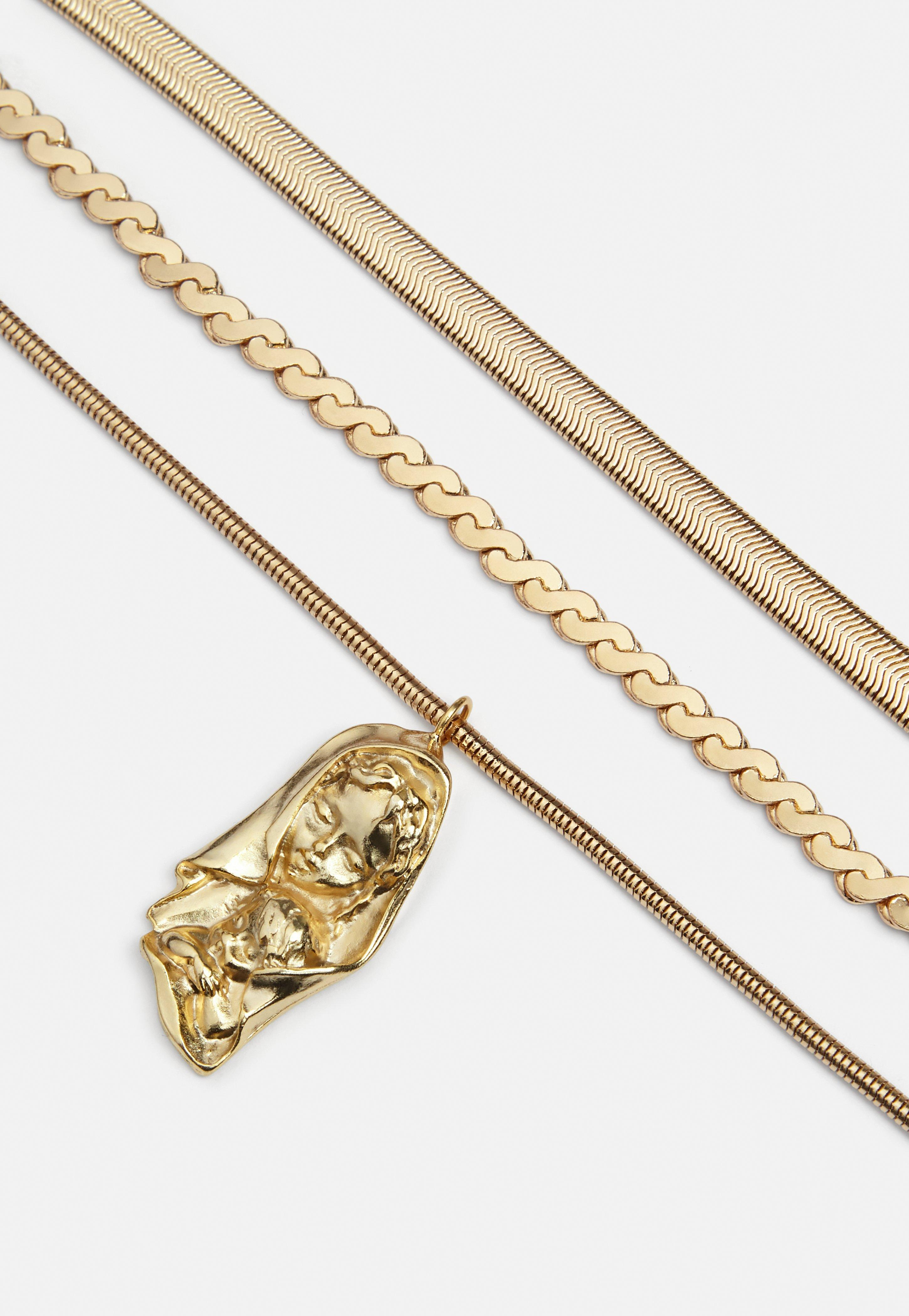 Missguided Gold Triple Snake Chain Pendant Necklace in Metallic